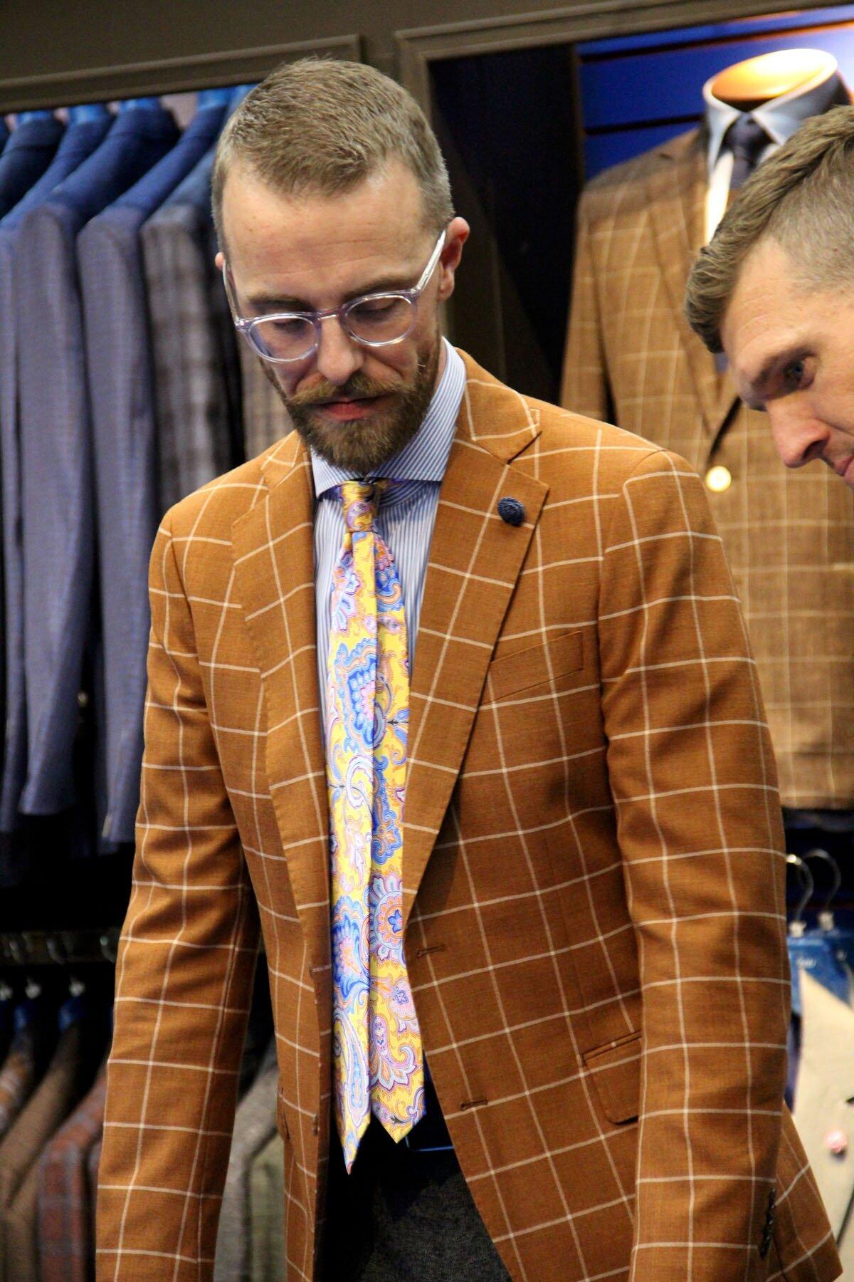 Covona Mens Neck Tie Suit Formal Dress Wear Italian Design Orange Satin Sheen O1