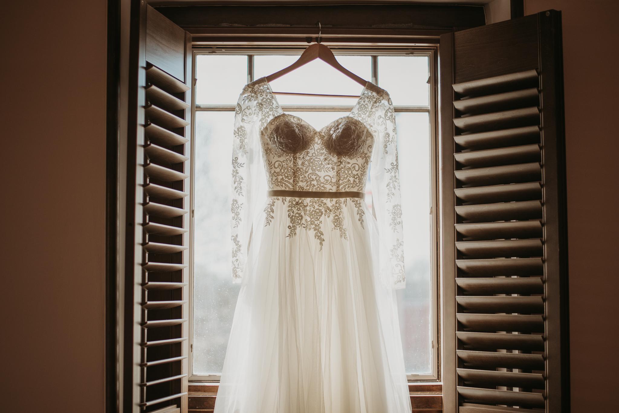 Bekah & Ryan Historic Gwinnett Courthouse Wedding-3.jpg