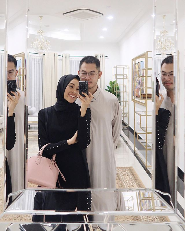 Loved this Ramadan we had together 🖤. The late night and early morning conversations we had, me forcing you to stay awake after subuh so you'd go to work earlier and come back earlier 😂, me also making you promise to stay away from junk this whole month (I know this was torture for you), but mostly the prayers we did together. I loved it all. Making dua we get to do it all over again in the next Ramadan, God willing ✨.
