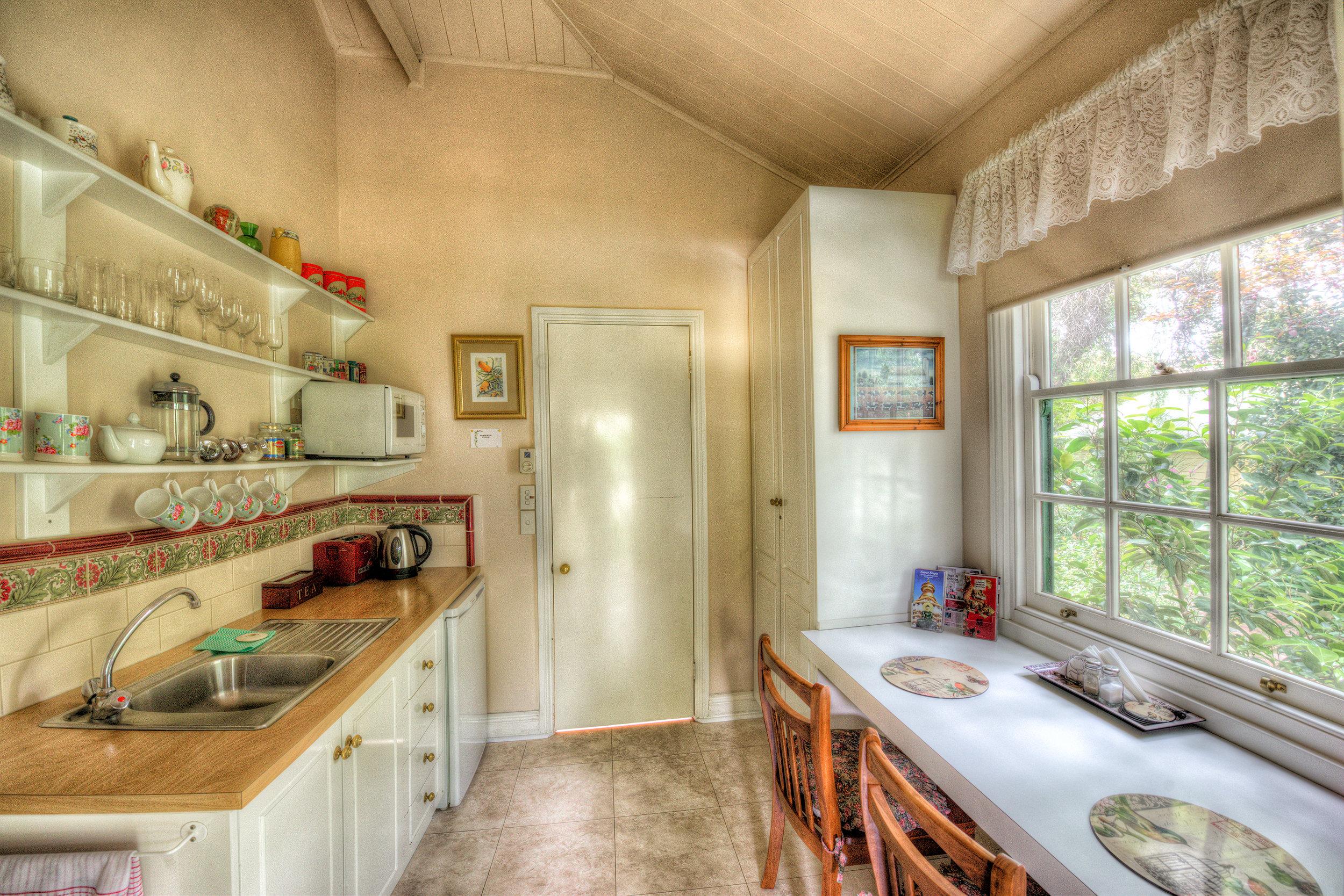 Robins-Nest-Kitchen.jpg