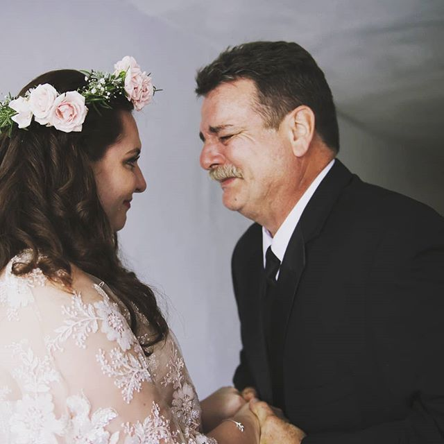 Happy Father's Day! Spending the day with my dad and thinking about my favorite picture of us from my wedding. I realized as he was coming downstairs to tell our great photographer @marthaswannquinn to capture an unplanned first look. This is the one moment where I look like I managed to keep it together. The next slew of pics are me happy crying and frantically looking around for tissues 😭💙. Sending love to all the proud dads out there today. Don't worry, even after we grow up, we still need you. . . . . . #fathersday #happyfathersday #fatherofthebride #father #dad #dadsday #meaningfulwedding #flashesofdelight #thatsdarling #portraitphotography #allthefeelsweddings #allthefeels #love #parenting #parenthood #allgrownup #weddinginspiration #wedding #prouddad #flowercrown #rosemary #rosecrown #blushweddingdress #weddingphotographer #weddingphotography #weddingphotographyideas