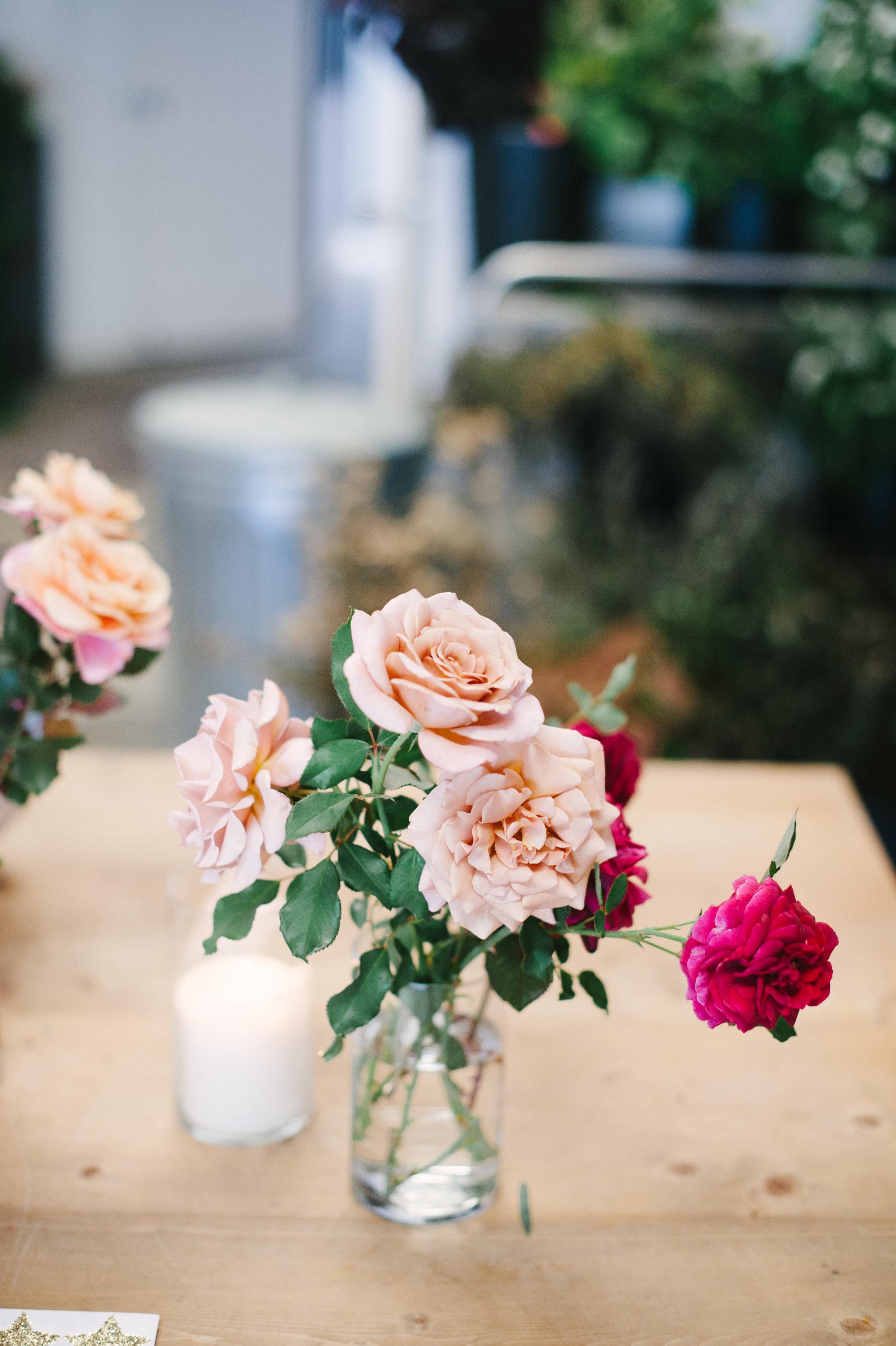 siren-floral-co-plenty-of-petals-romantik-floral-centerpiece-workshop-1.jpg