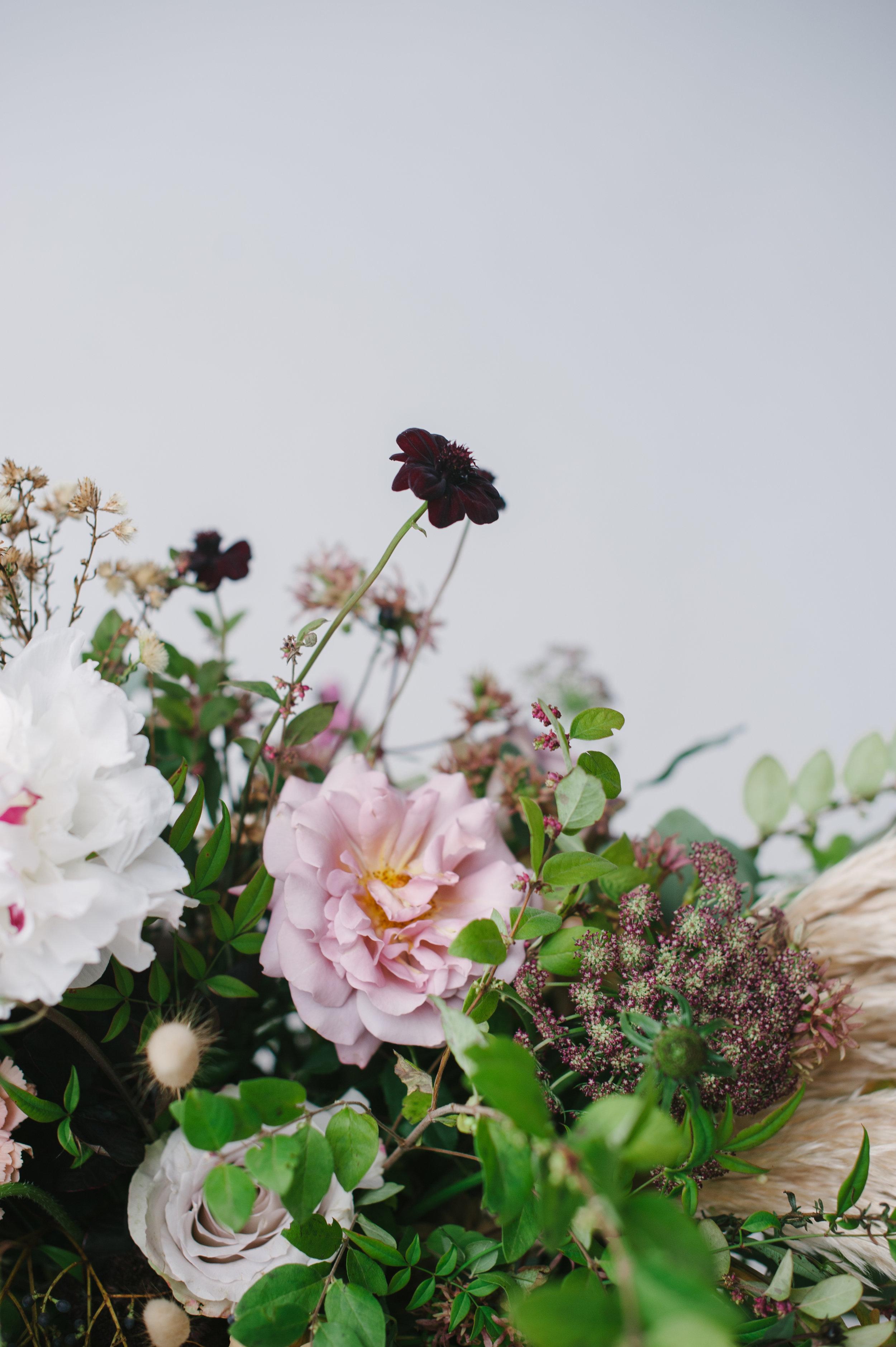 siren-floral-co-plenty-of-petals-romantik-floral-centerpiece-workshop-7.jpg