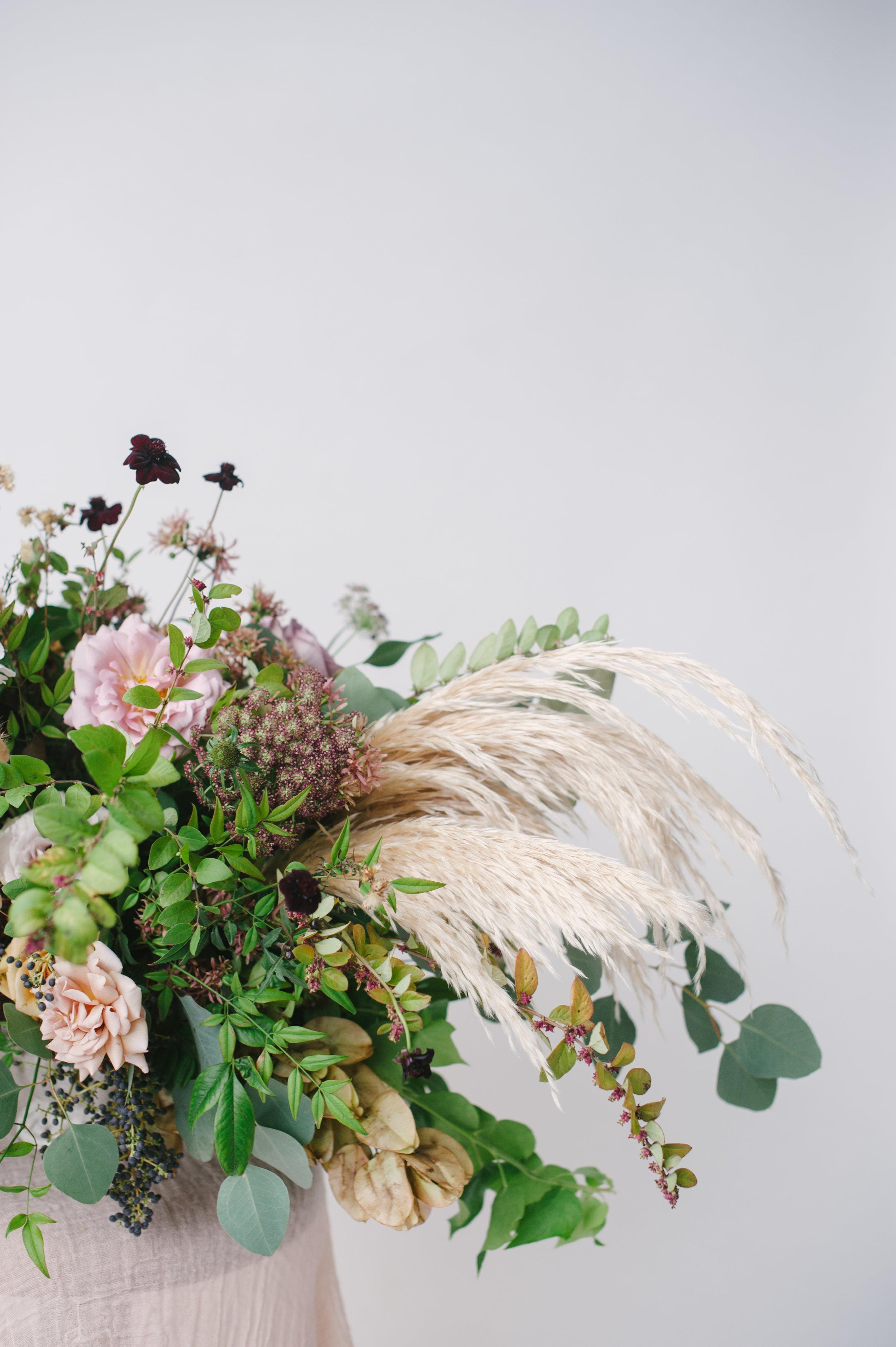 siren-floral-co-plenty-of-petals-romantik-floral-centerpiece-workshop-9.jpg