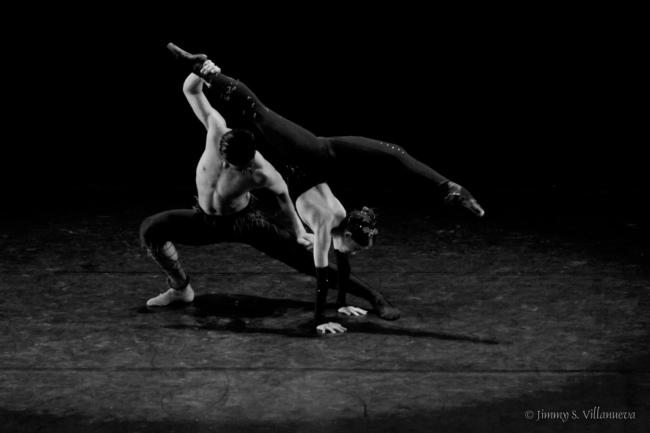 Performing Agnes Locsin's    Arachnida   , Mark and Joan Emery Sia show strength and agility. Photo by Jimmy Villanueva