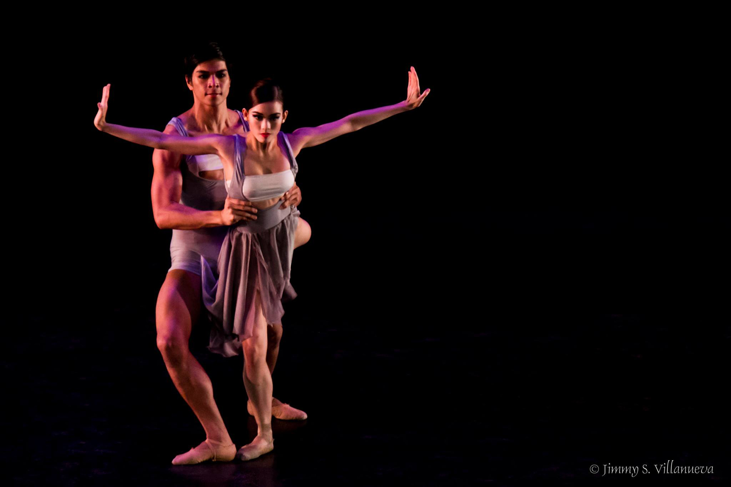 Mark and Joan collaborate on another contemporary piece,    M.A.Z.N.    Photo by Jimmy Villanueva
