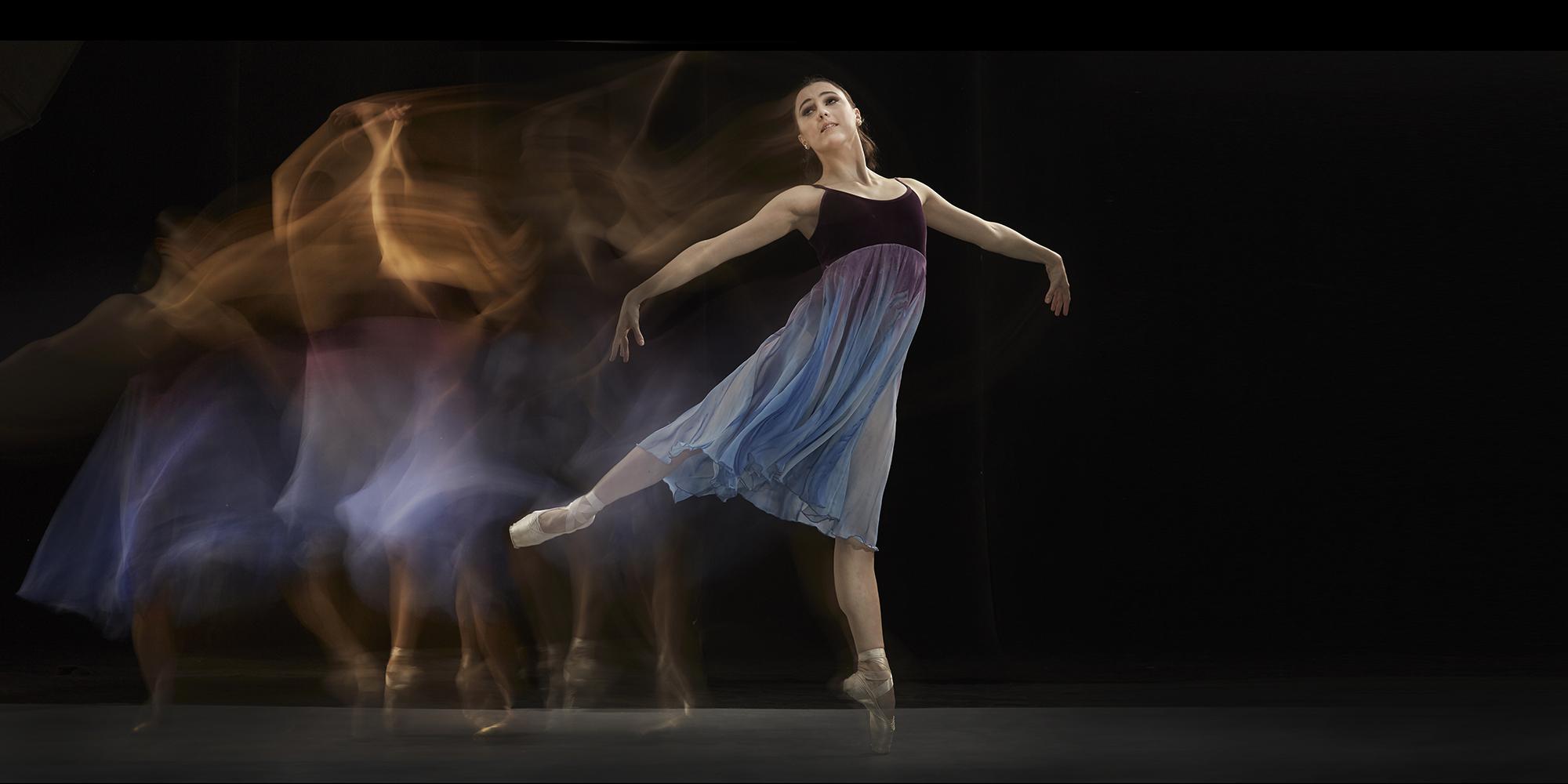 Katherine Barkman: On pointe. Photo by G-nie Arambulo