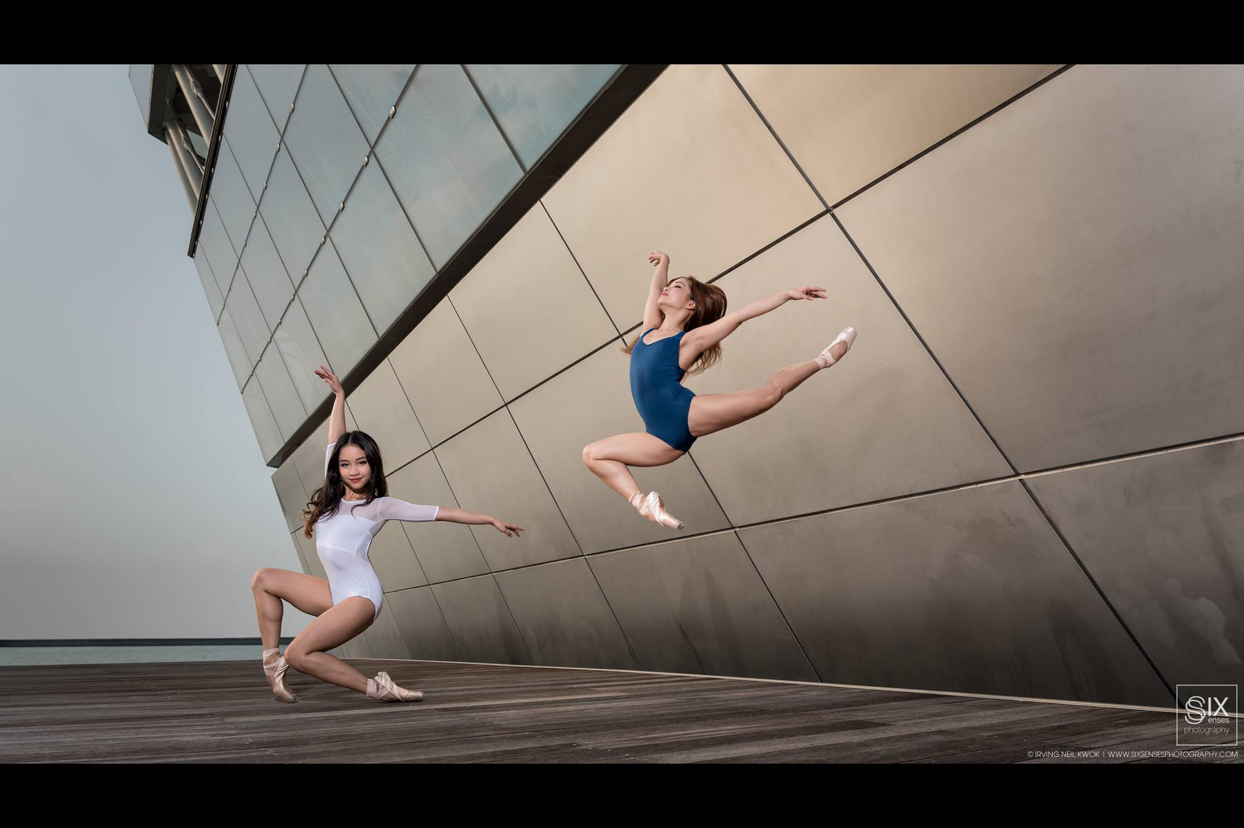 The twins show their winning forms in another photo shoot in Singapore.     Photo by Irving Neil Kuok