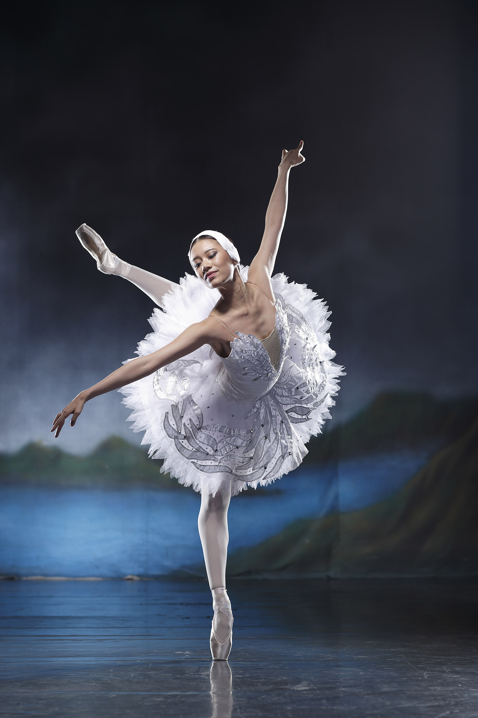 Dancing as Odette, the White Swan, in    The Swan, The Fairy and the Princess    is a perfect fit for Abigail Oliveiro's lithe, willowy frame and distinct musicality