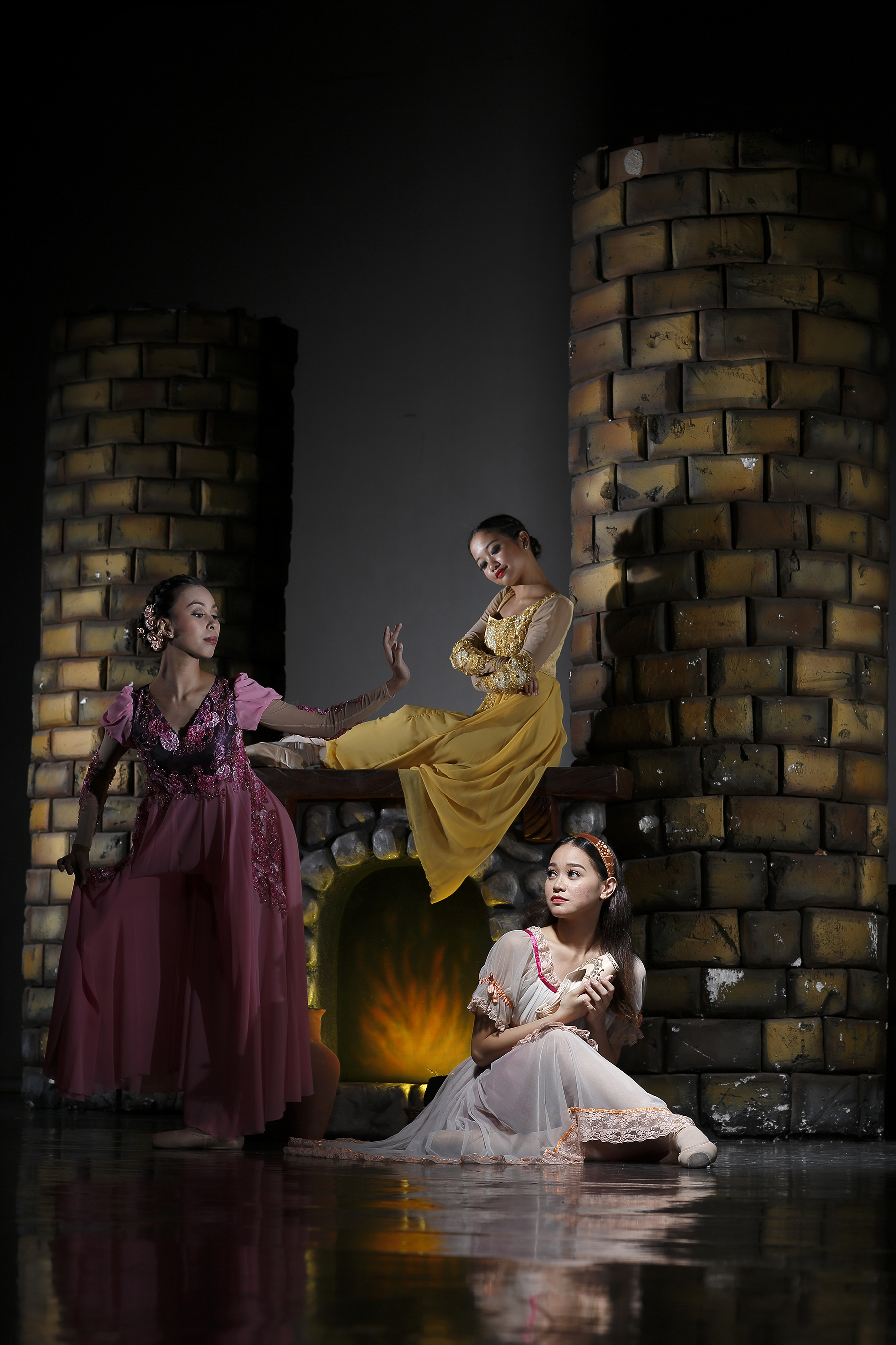 Together with Jasmine Pia Dames (center), Czarina plays stepsister to the hapless Cinderella (Dawna Reign Mangahas) in Ballet Manila's forthcoming production of the beloved fairy tale.