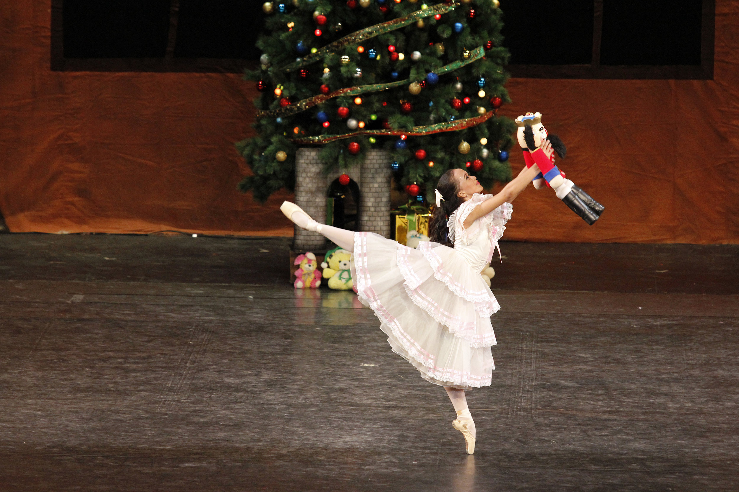 Among her most memorable performances was the role of Masha in the much-loved ballet,  The Nutcracker.