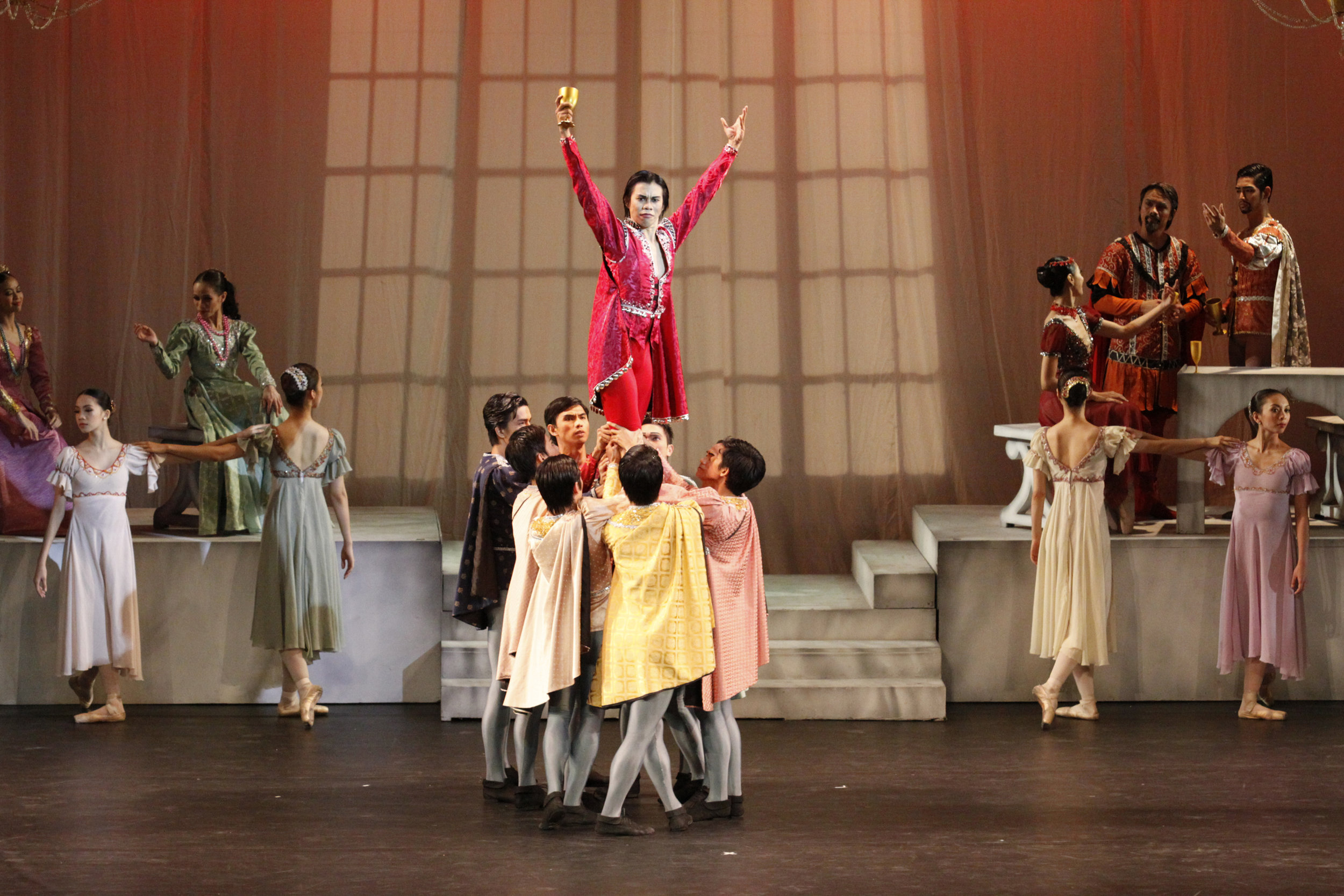 In 2011's    Romeo and Juliet   , Francis is Tybalt, Juliet's short-tempered cousin who is eventually slain by Romeo.