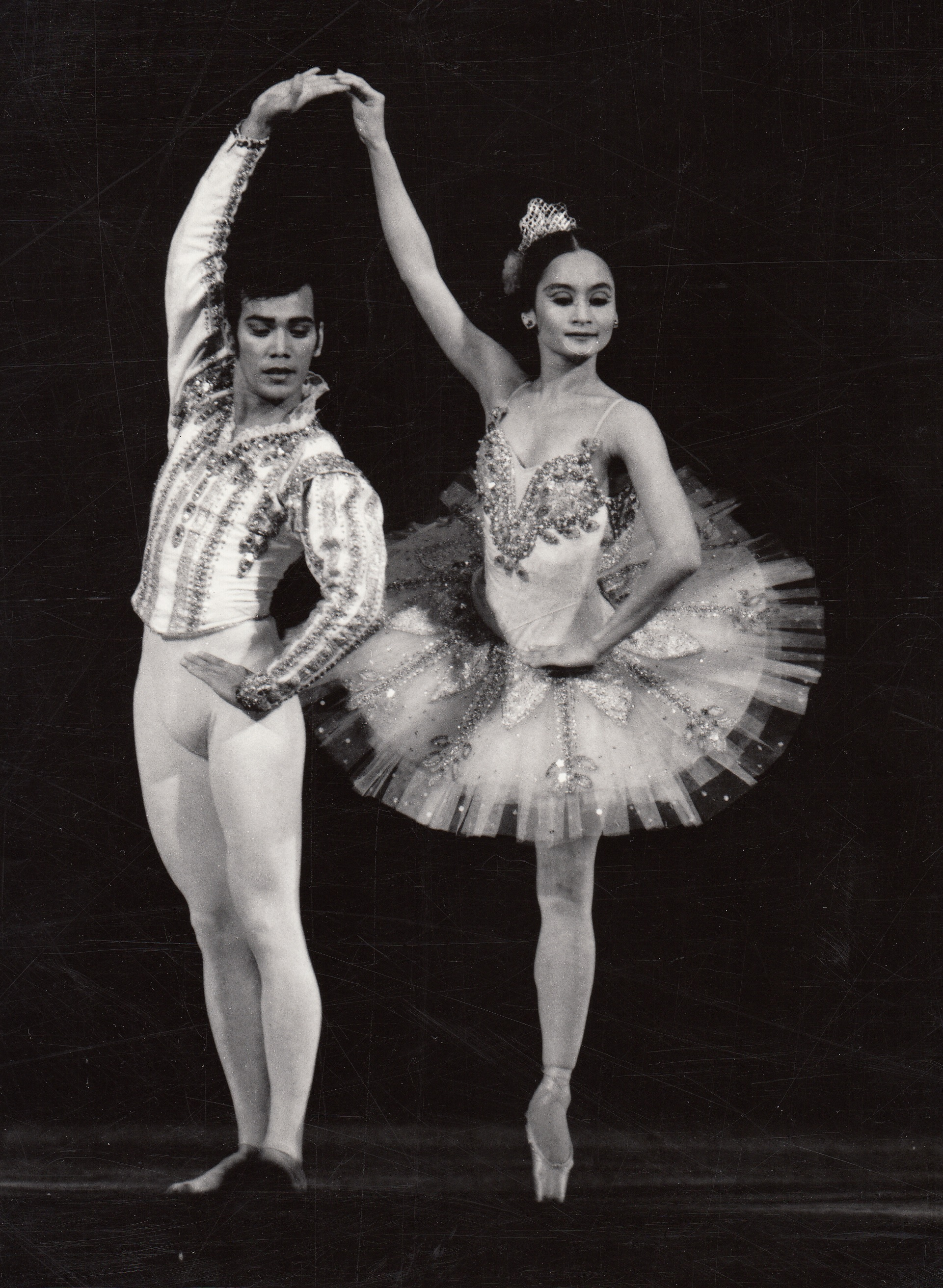 As Basilio and Kitri, Osias Barroso and Lisa Macuja-Elizalde charmed audiences in Ulan-Ude in 1994. Image courtesy of the Ballet Manila Archives
