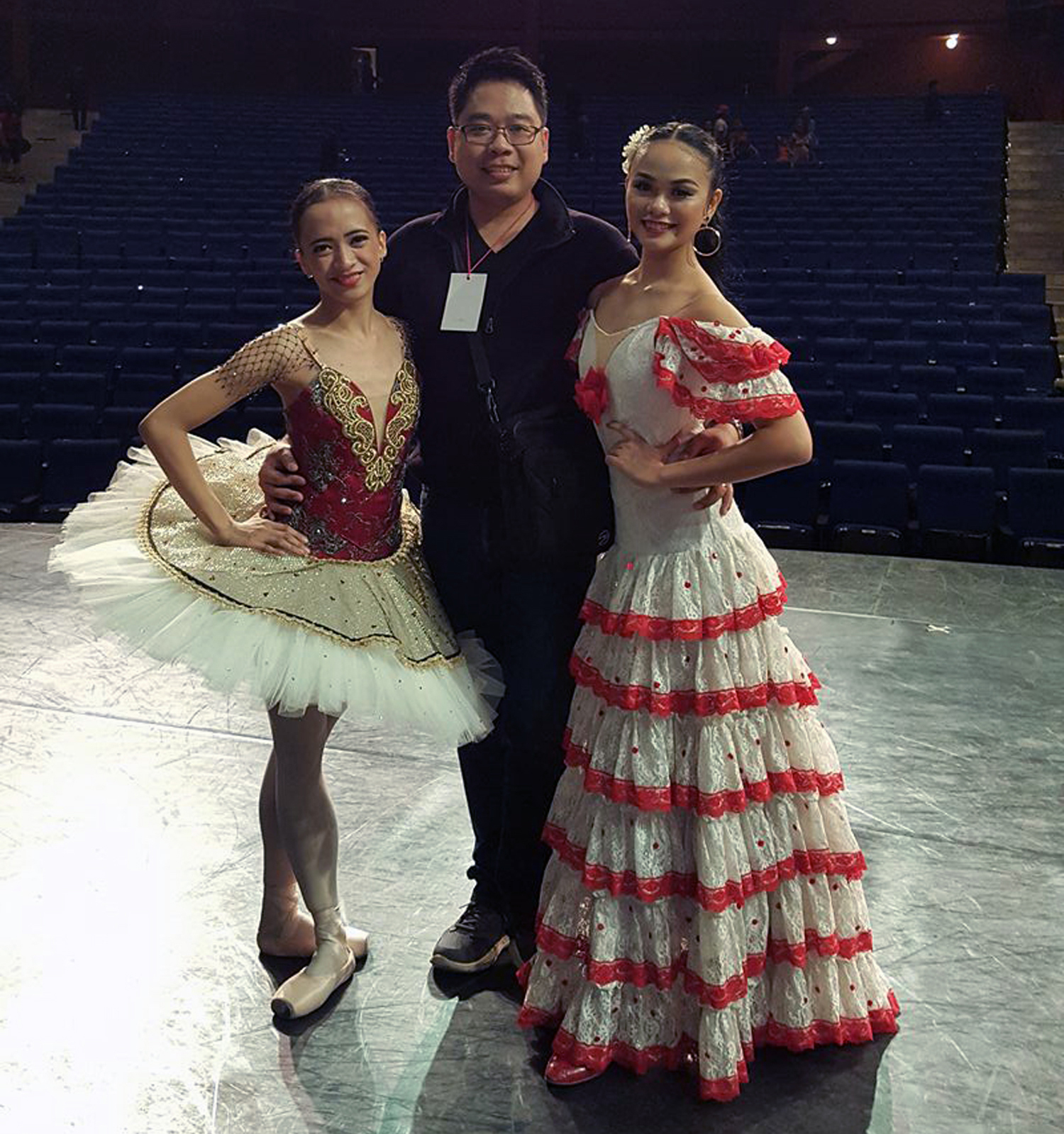 """Teacher Jonathan Janolo (middle) captioned this photo with scholars Jessa Balote and Rissa May on his Facebook page this way: """"Years ago they got introduced to their first pliè! Yes, malaki na sila!(They are big now.)"""""""