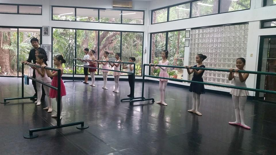 The Lisa School of Ballet Manila offers an ideal learning environment for dance.