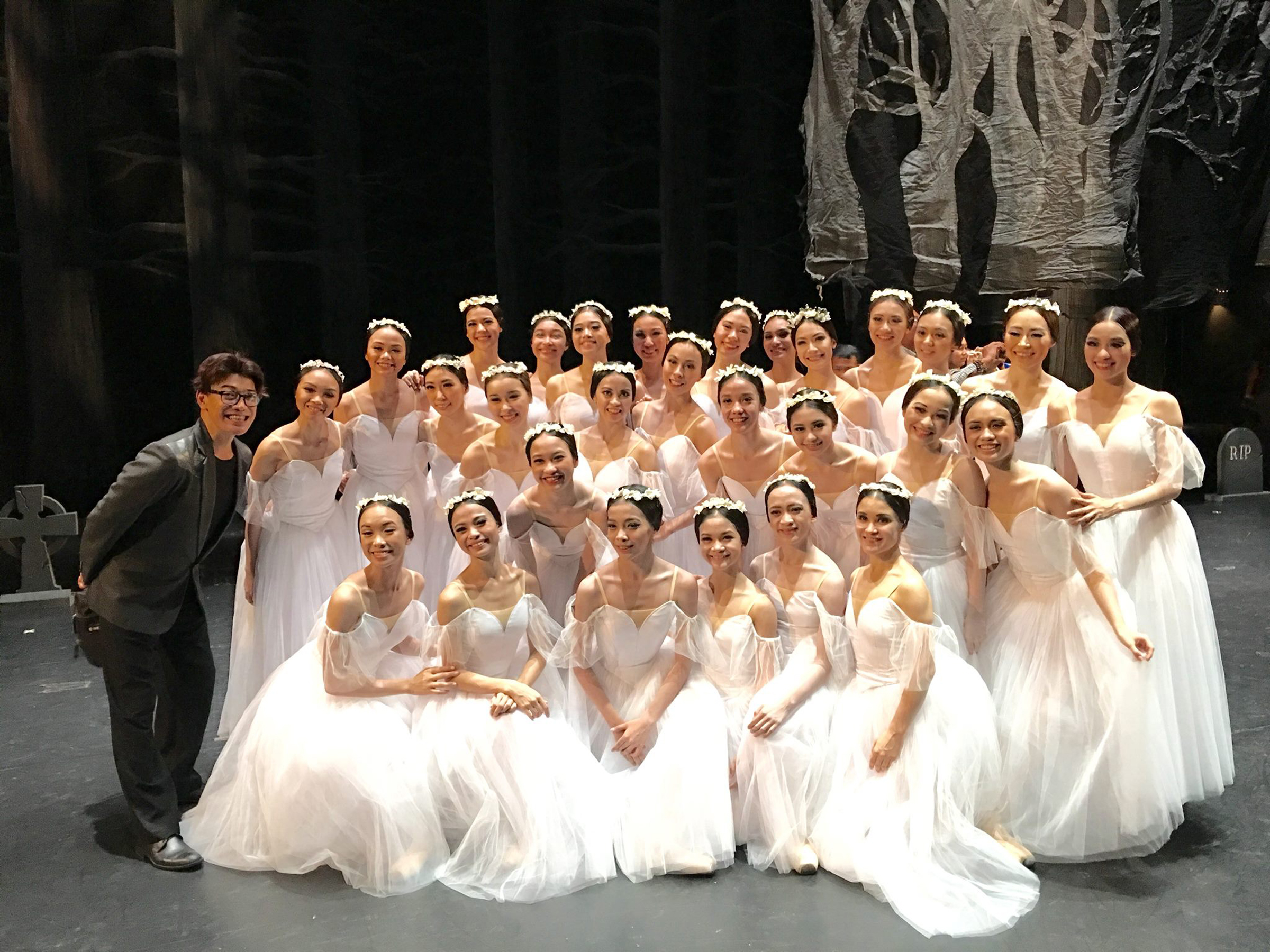 BM co-artistic director Osias Barroso praised the Wilis of    Giselle    during the    Dance.MNL    festival in 2016 for their outstanding corps work, among them Sofie (fifth girl, second row). Photo from Osias Barroso's Facebook page