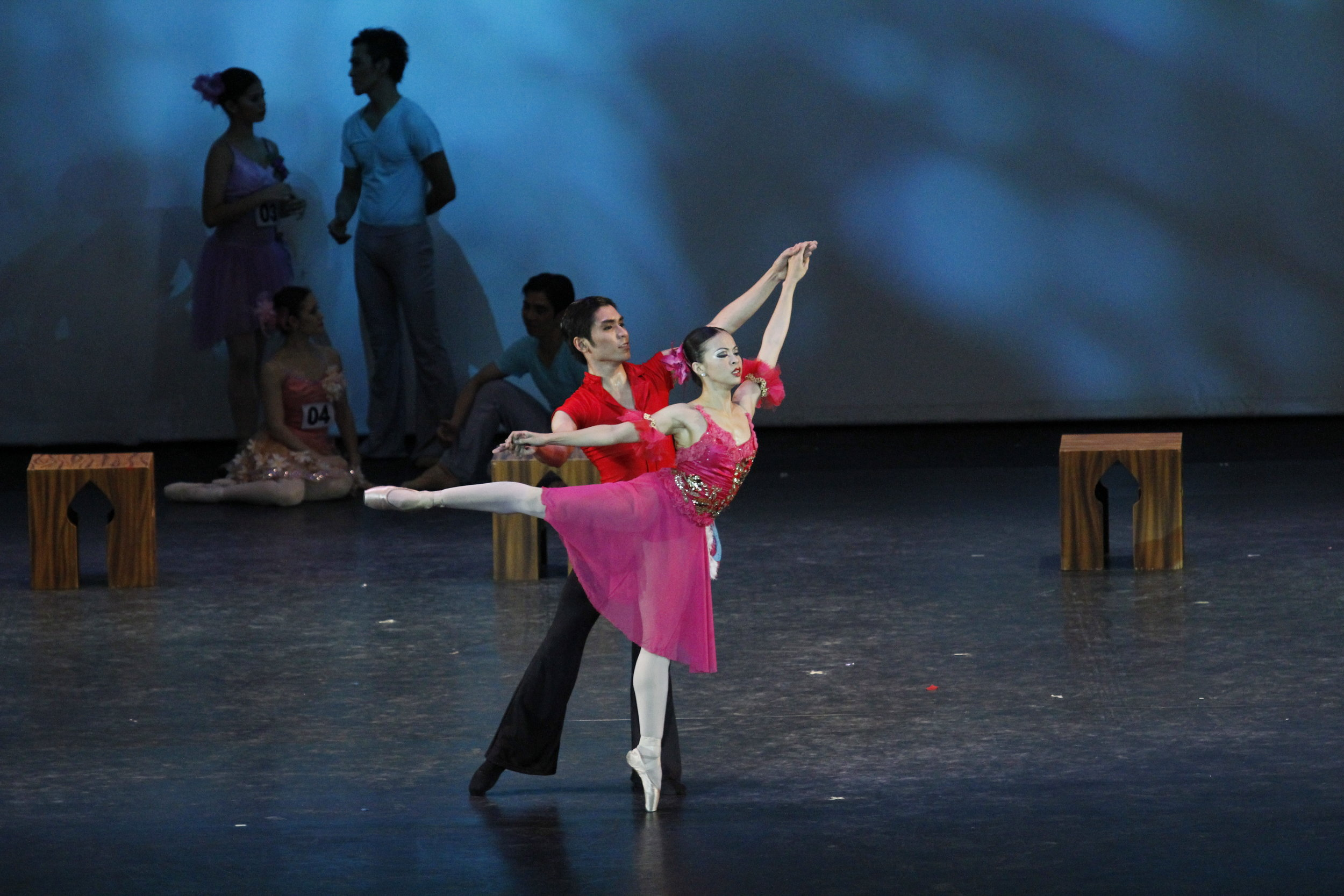 Dancing the title role in Hazel Sabas-Gower's    Sinderela   , with husband Romeo Peralta as her Prince Charming