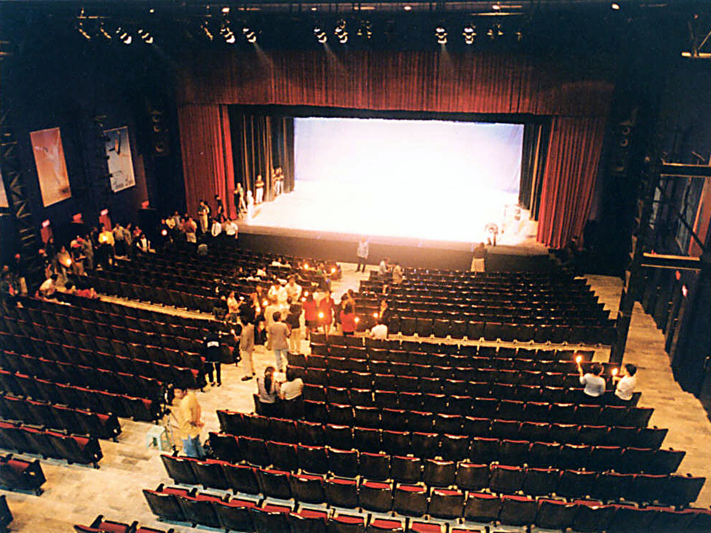 The 850-seater Star Theater, found in the Star City amusement park at the CCP Complex, was Fred's gift to Lisa.