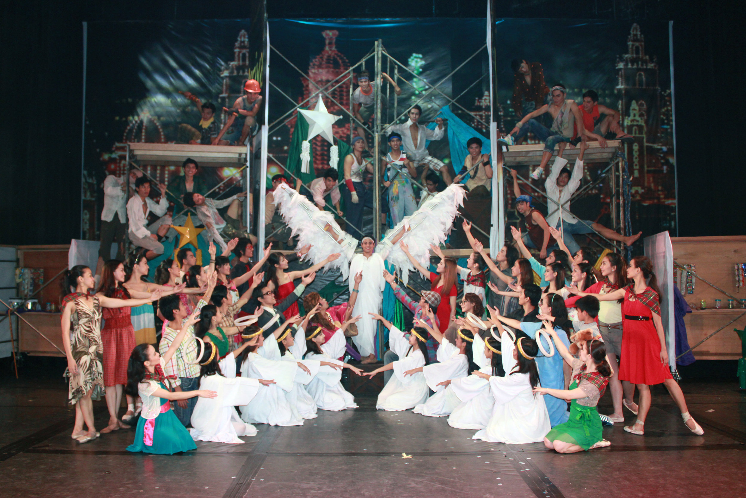 Kutitap , about an angel who falls to earth and befriends different people, was Ballet Manila's Christmas production at Star City in 2016.