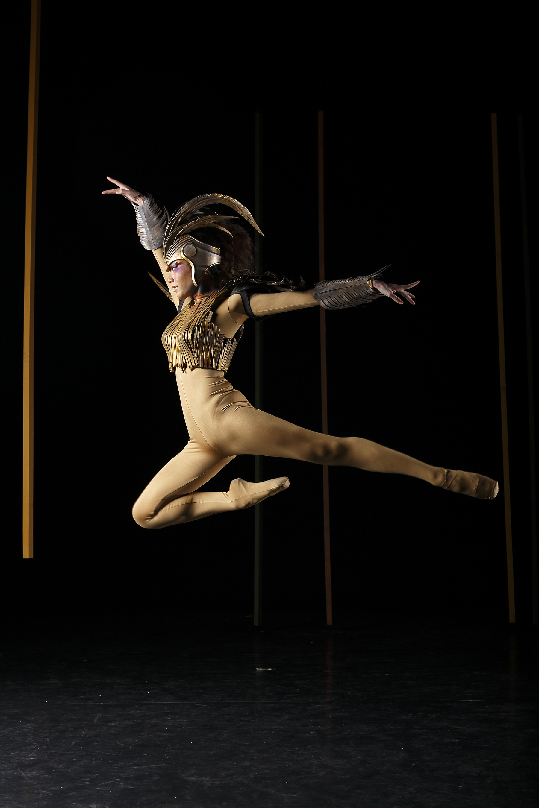 Abigail Oliveiro takes flight as she assumes the lead role in    Ibong Adarna   , Ballet Manila's 22nd season-opener in August.