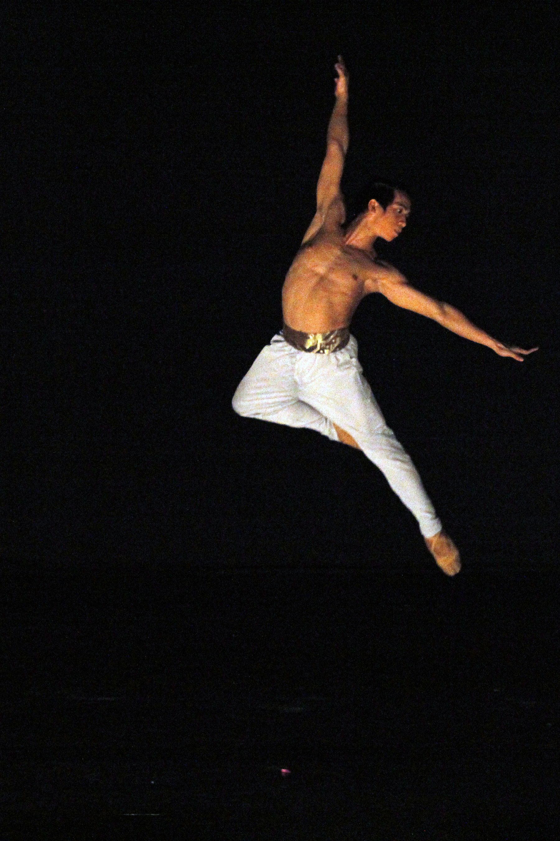 Aiming high, Rudolph works hard not just to equal his idols in dance but to surpass them. Photo by Ocs Alvarez