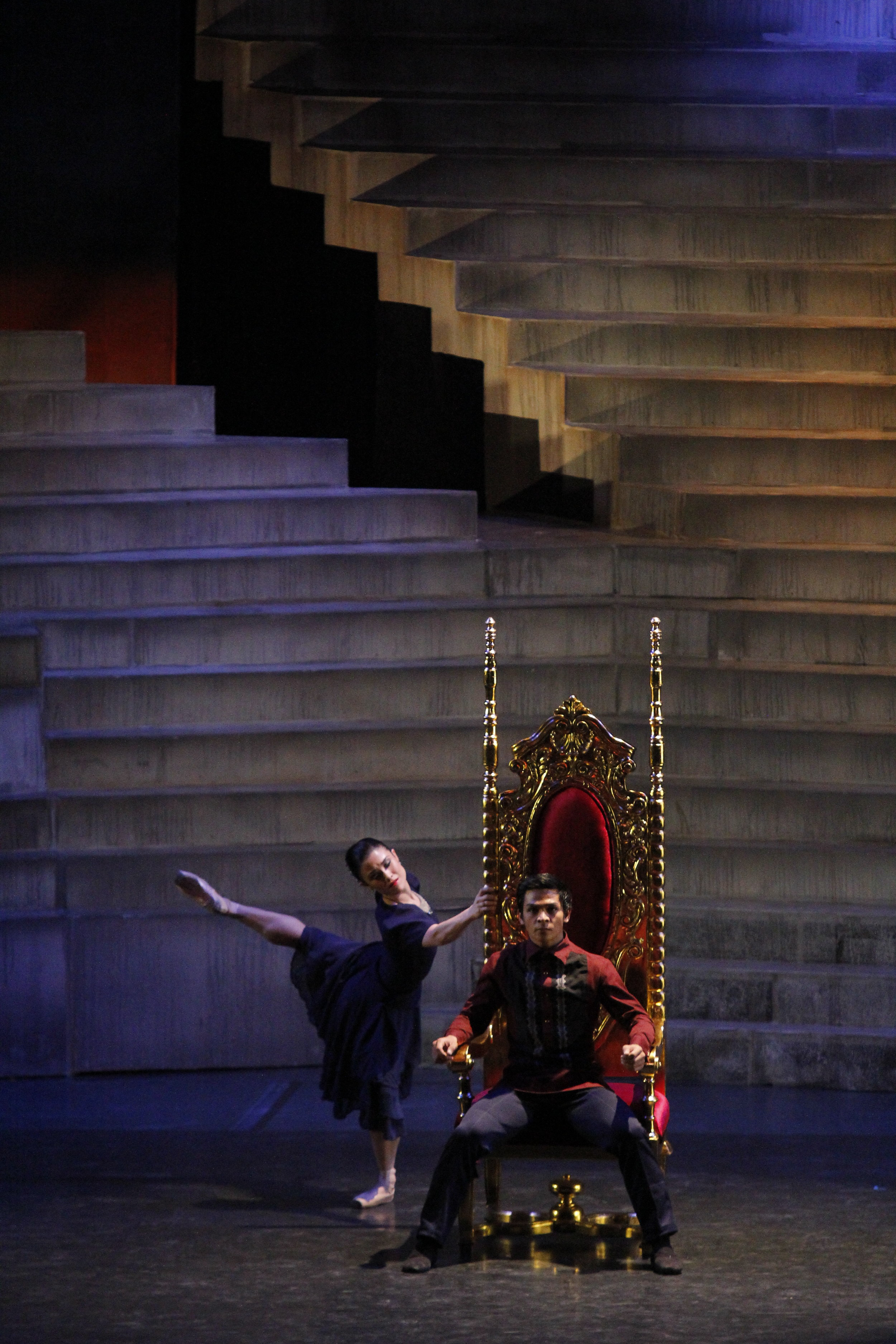 Gerardo Francisco and Tiffany Chiang-Janolo reprise their roles as Ferdinand and Imelda in    Rebel   . Photo by Ocs Alvarez