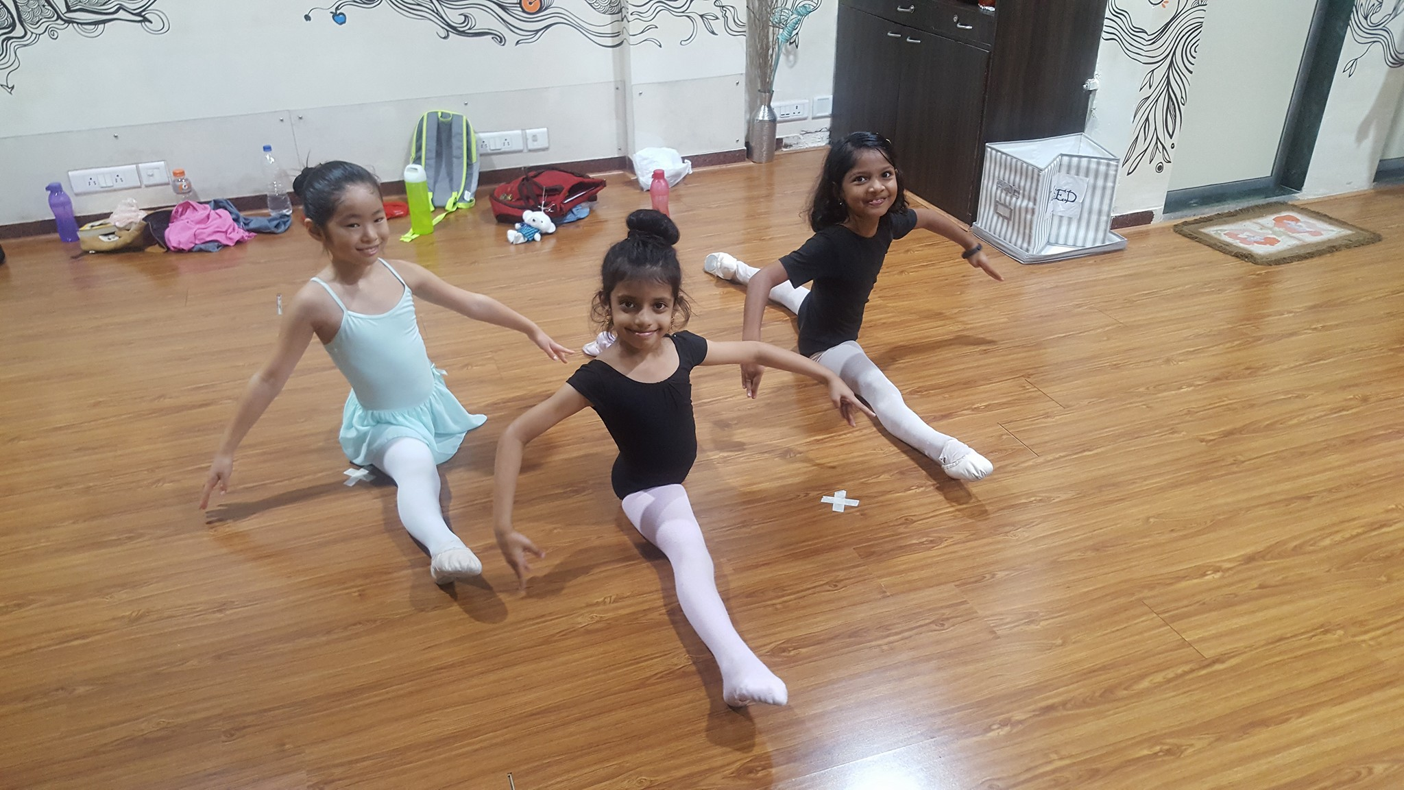 Her students in India – including these three girls from Powai – are very eager to learn ballet, says Czarina. Photo courtesy of Czarina Villegas' Facebook page
