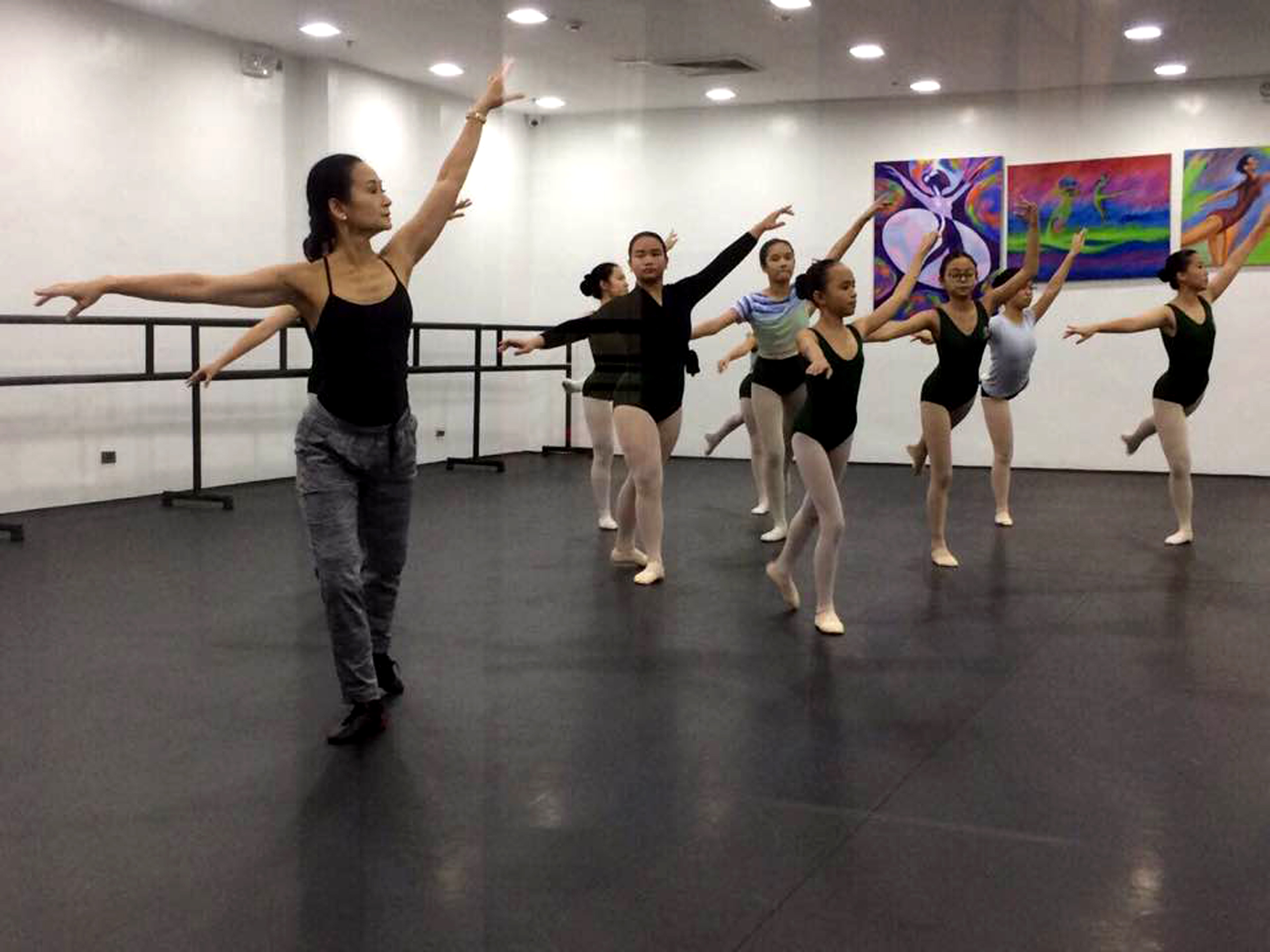 Lisa Macuja continues to teach what she learned in Russia to new generations of students in her own ballet school. Photo by Icet Barroso