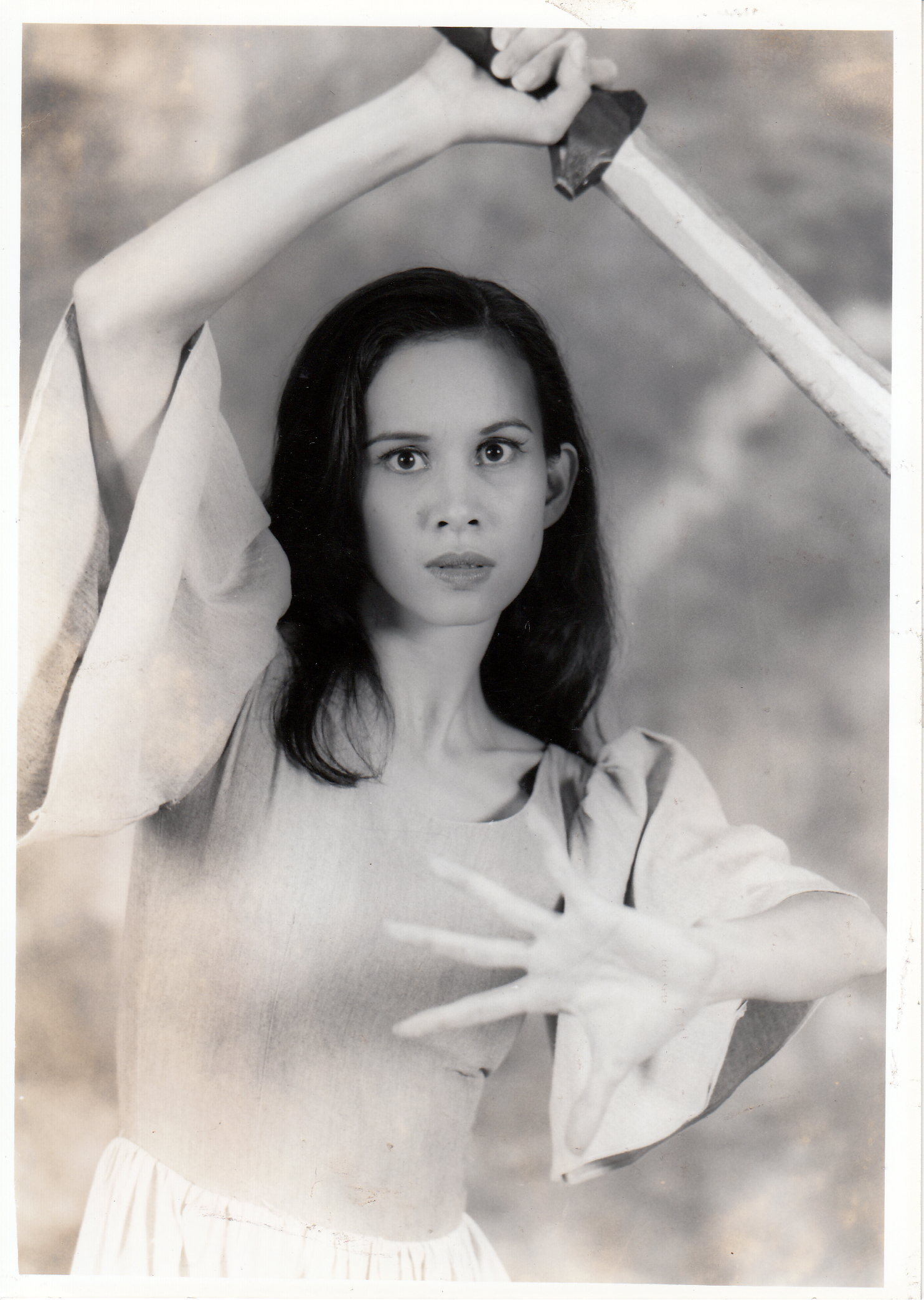 Melanie Motus takes on the title role when    Gabriela ng Vigan    is performed again in 1998 to celebrate the Philippine Centennial.