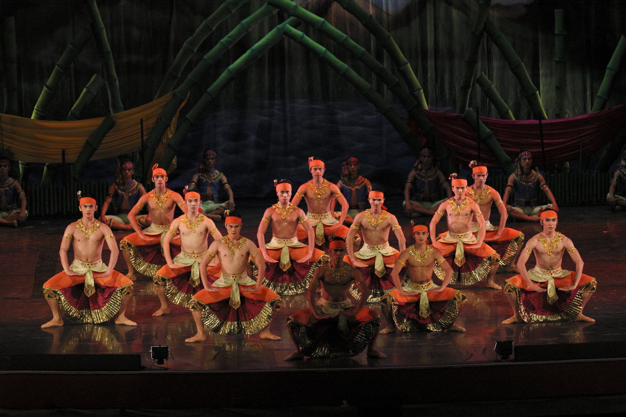 The production was inspired by the Filipino Muslim culture, fashion, music and dances.