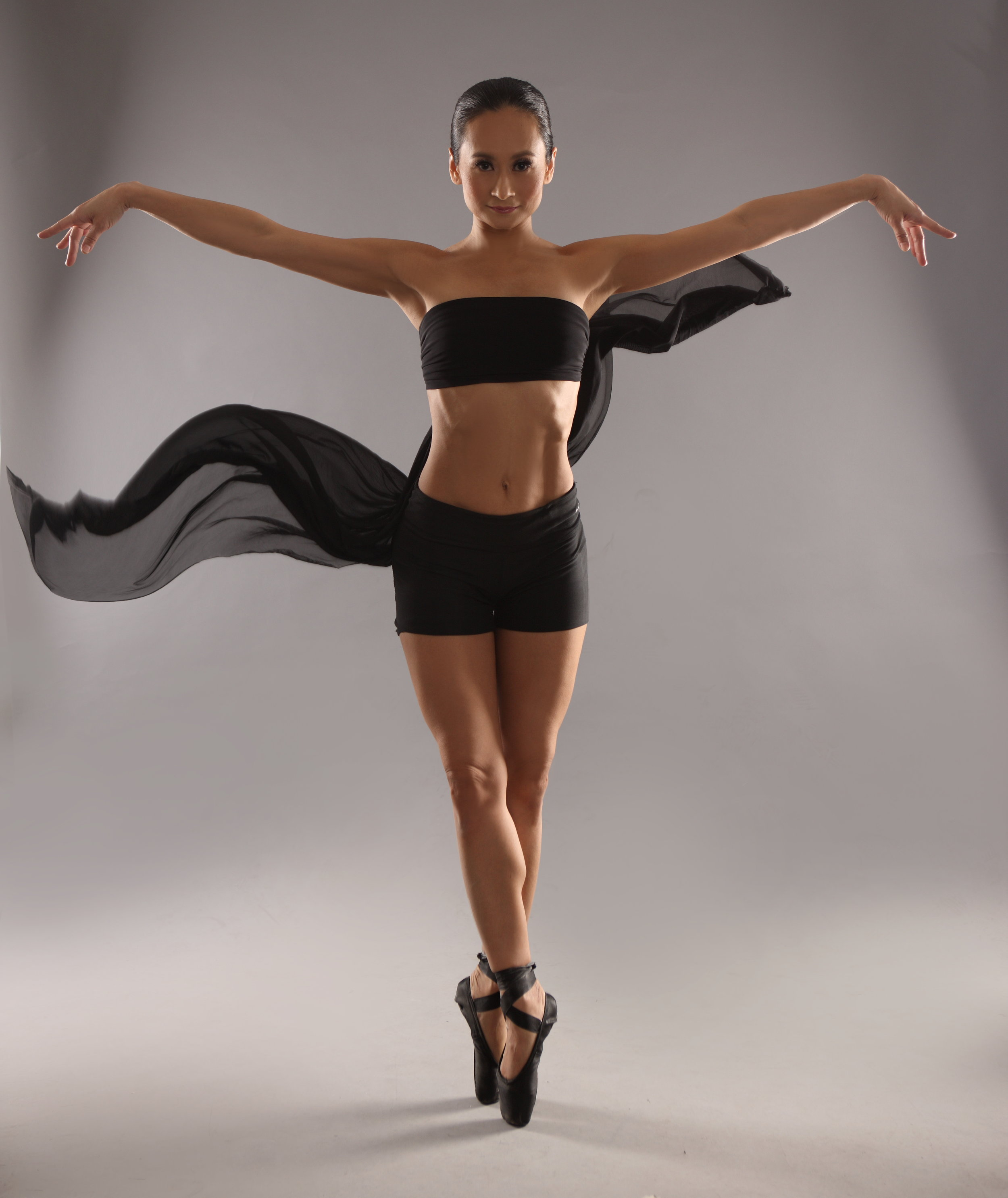 Correct training, proper nutrition, and a balanced lifestyle allowed Lisa Macuja-Elizalde to enjoy an unusually long professional dancing career. Now, even in semi-retirement, she continues to work hard to keep herself fit and strong for her family and her company. Photo by Sara Black
