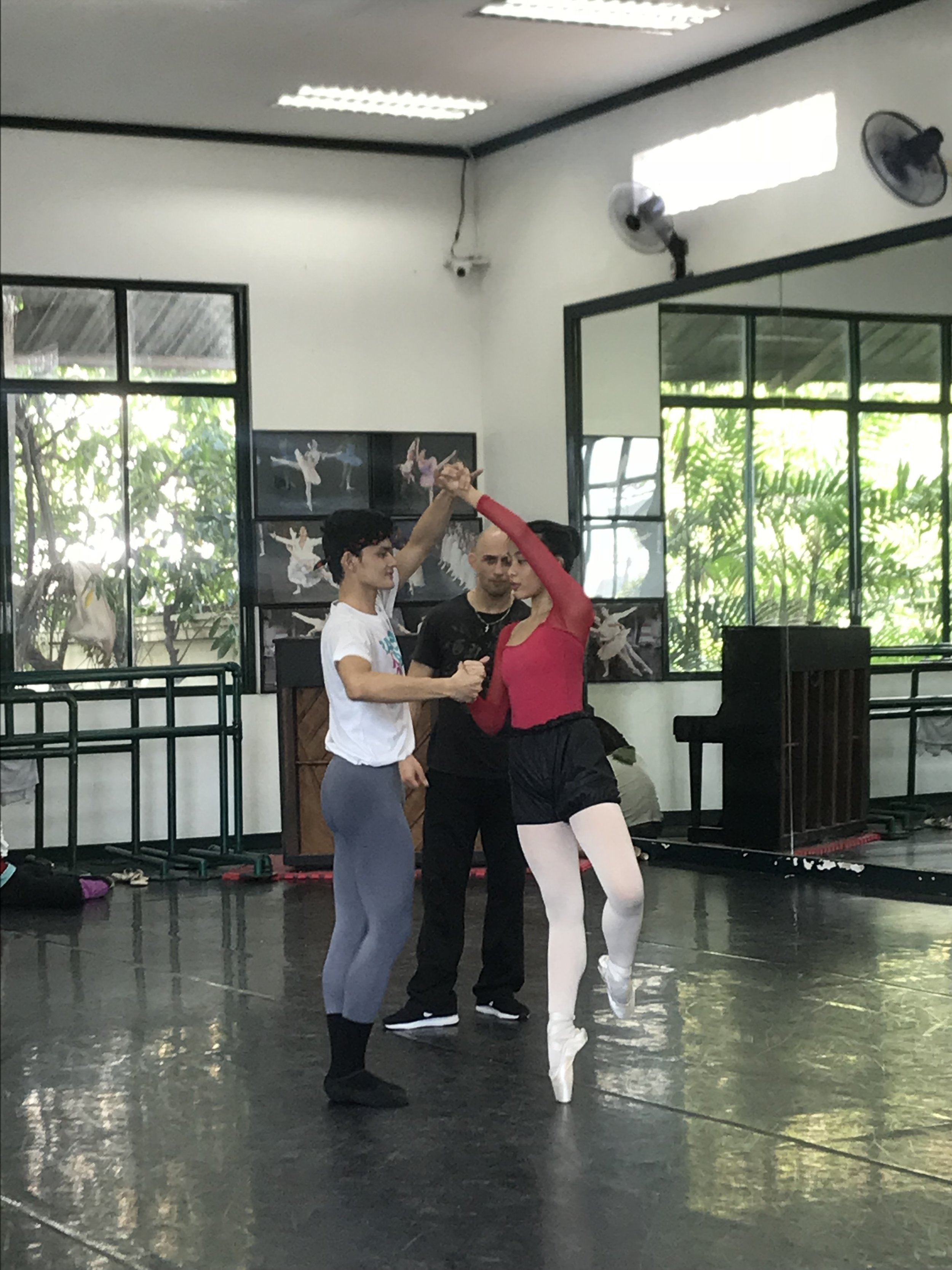 Rehearsing the tango-inspired    Bru    under the watchful eye of choreographer George Birkadze. Photo by Giselle P. Kasilag