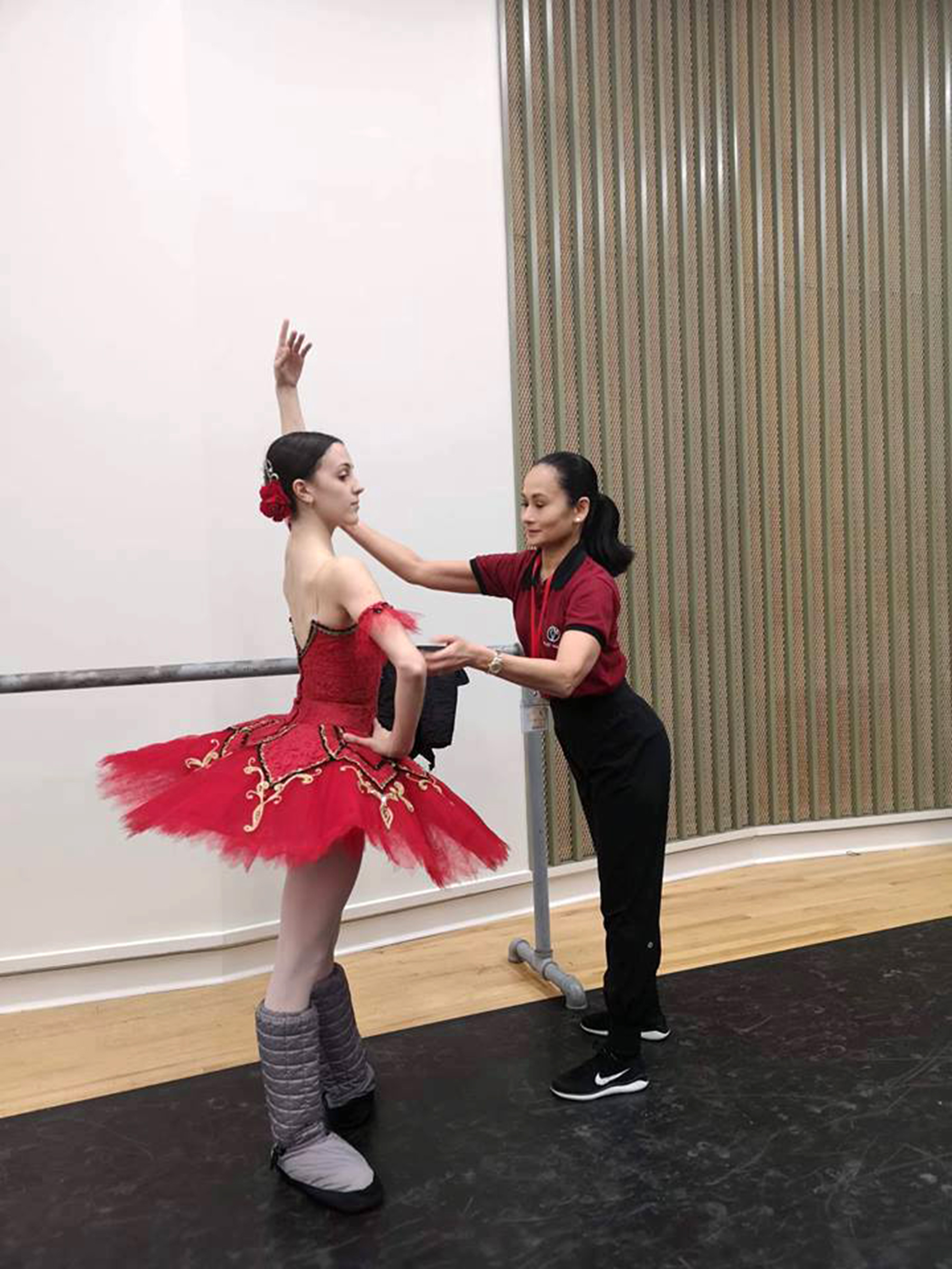 Lisa Macuja-Elizalde coaches Katherine for    Don Quixote   , her classical piece for Round I.