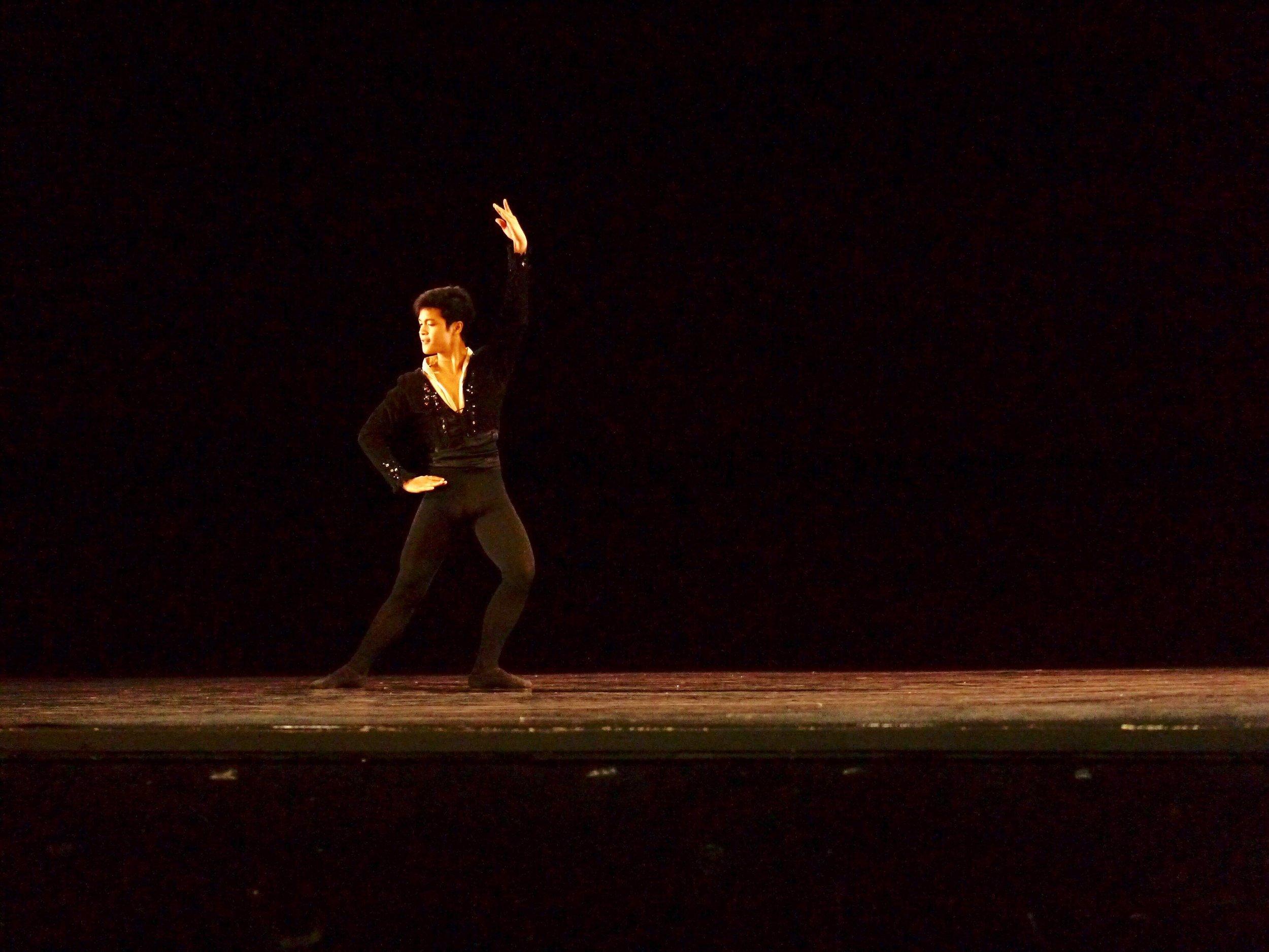 Rafael Perez – Senior; Basilio (   Don Quixote   ). Photo by Giselle P. Kasilag