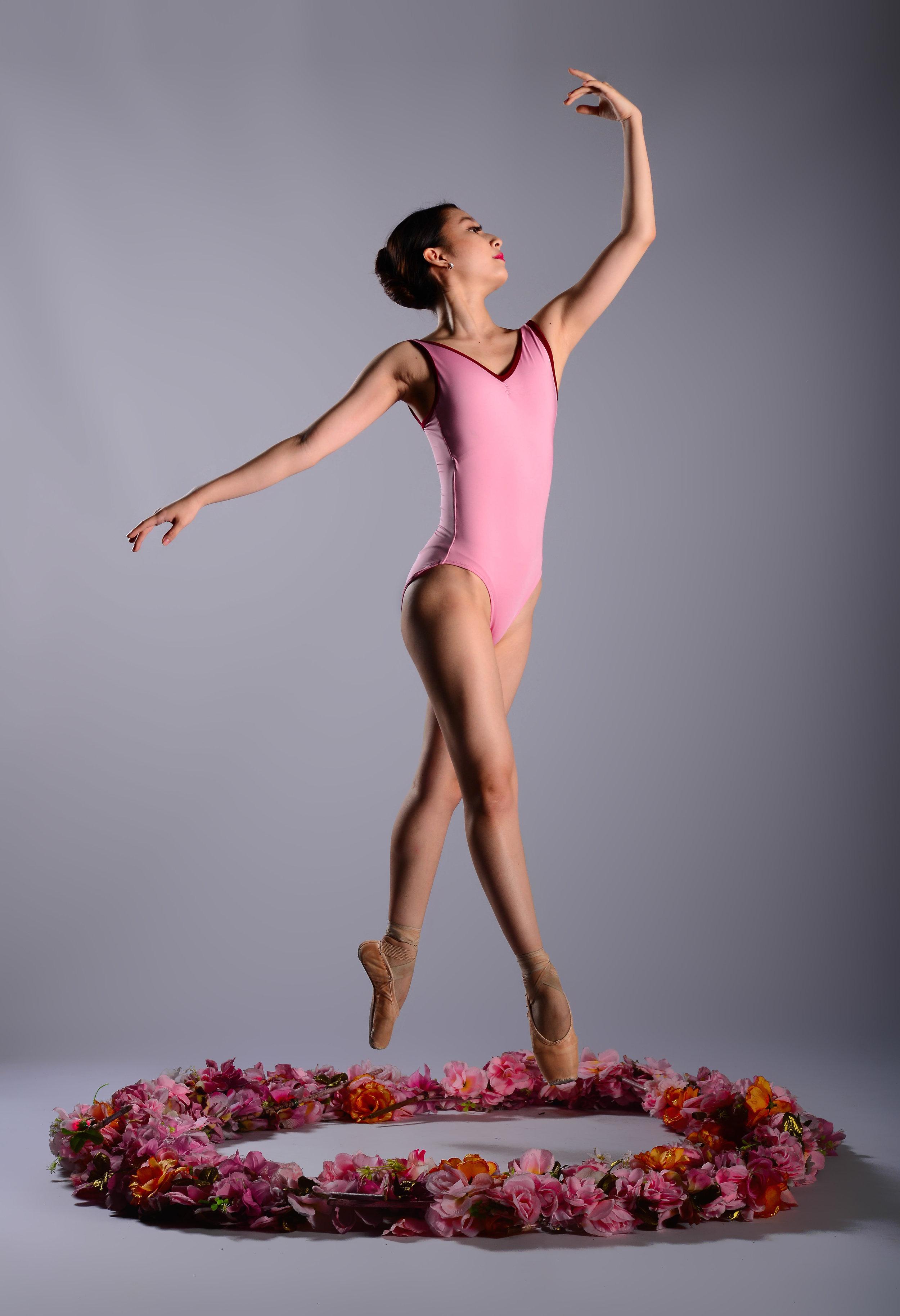 Ballet Dictionary: Croisé 1 - Ballet Manila Archives