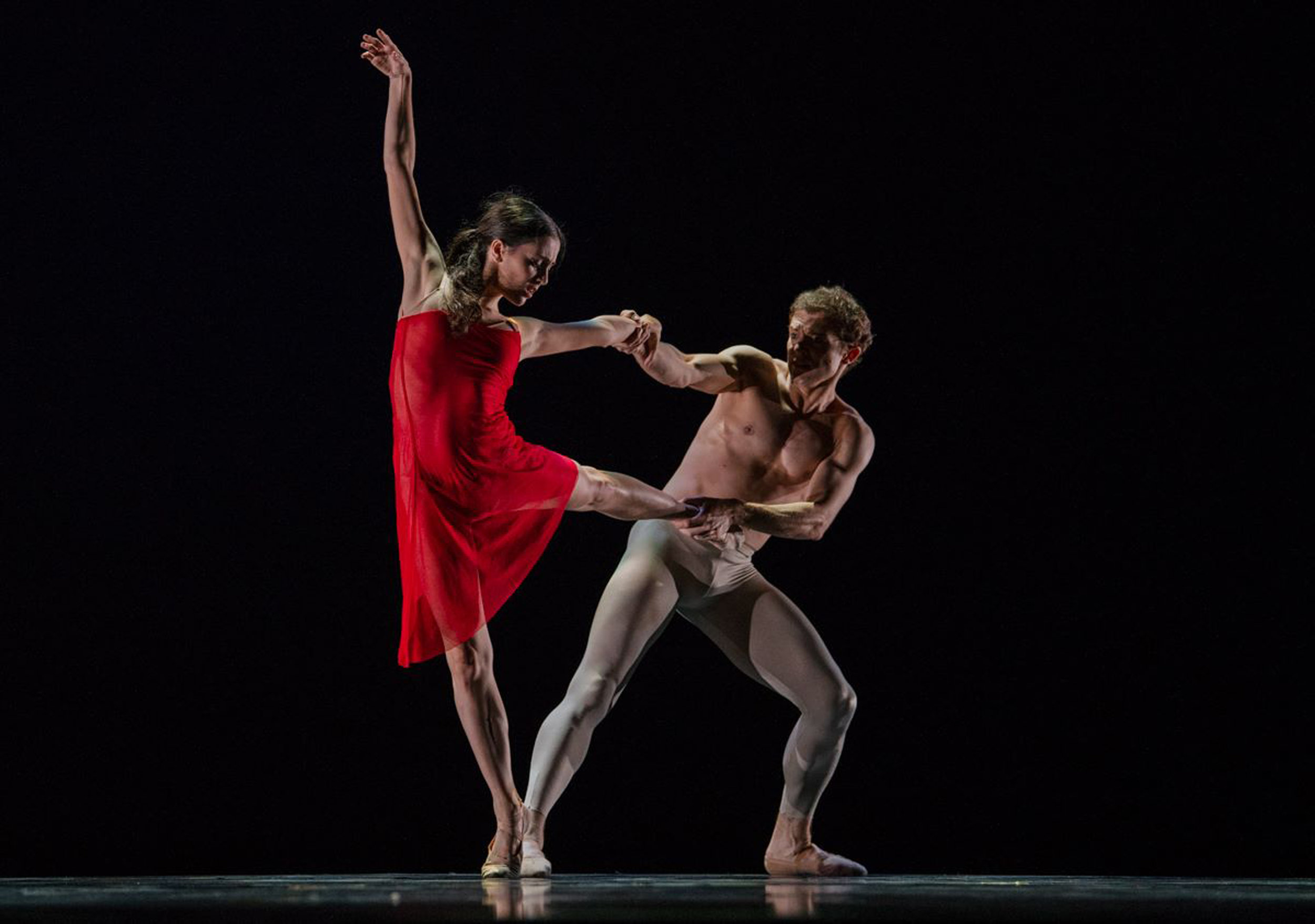 Ballet Manila resident guest principals Katherine Barkman and Joseph Phillips dance Simon Hoy's    The Distance Between    in the USA IBC in Jackson, Mississippi in June. Photo courtesy of USA IBC