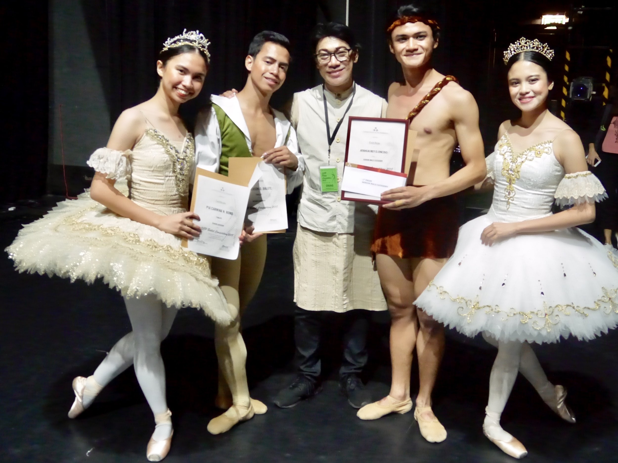 Osias Barroso congratulates the four dancers representing Ballet Manila in the seniors of the CCP Ballet Competition: (from left) Pia Carmina Romo, Jefferson Balute, Joshua Enciso and Angelika Joie Tagupa.