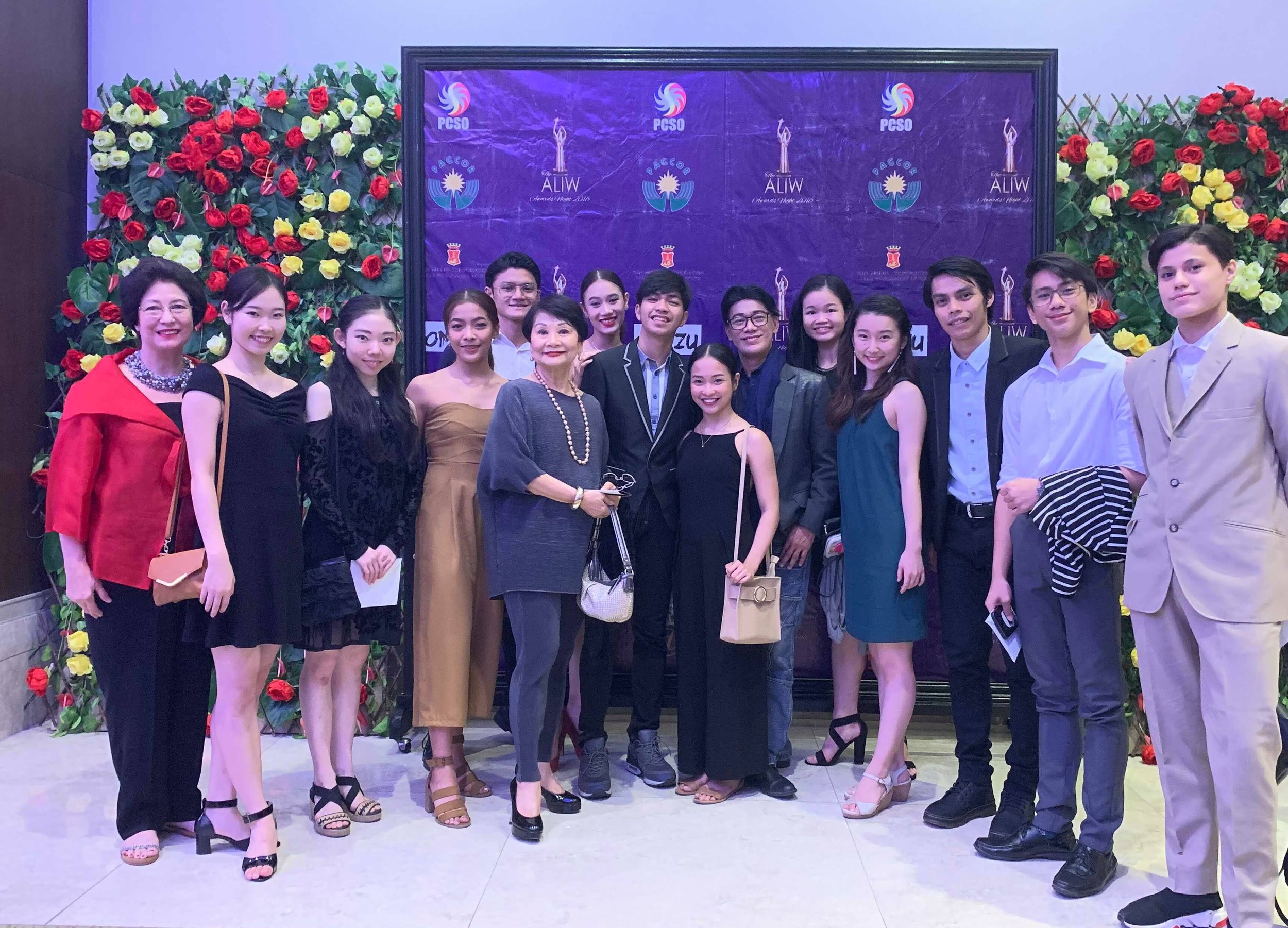 The Ballet Manila delegation to the Aliw Awards ceremony on December 13, led by BM co-artistic director Osias Barroso (sixth from right), BM treasurer Susan Macuja (fifth from left) and BM-Project Ballet Futures managing director Sylvia Lichauco (leftmost). Photo by Mark Sumaylo
