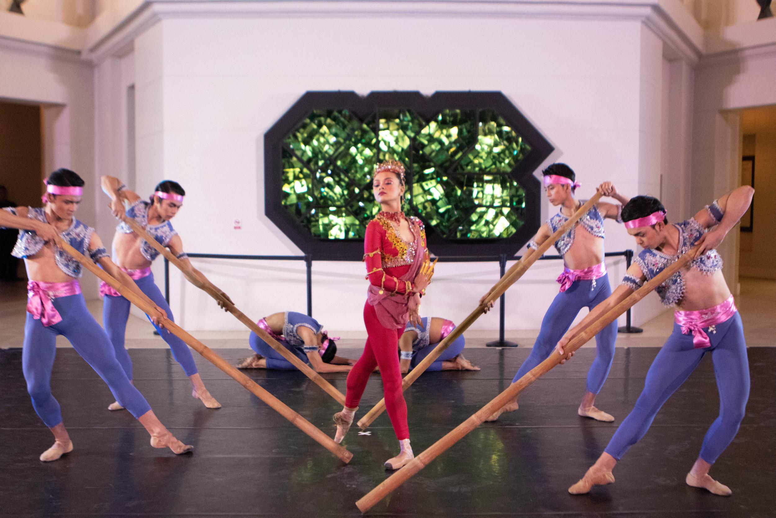 Ballet Manila performs Agnes Locsin's  Sayaw sa Pamlang  at the DFA event.