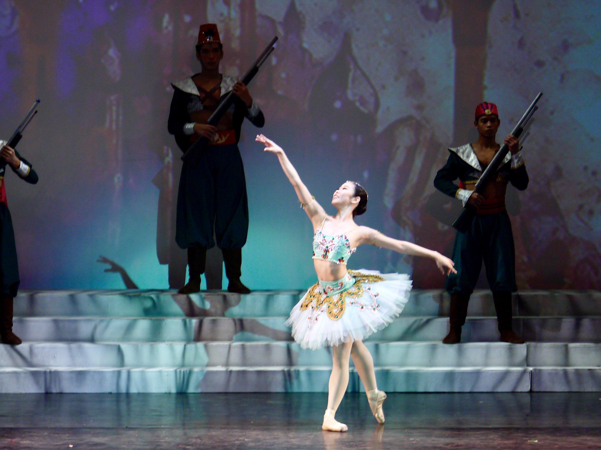 Akari Ida - With Ballet Manila since 2018