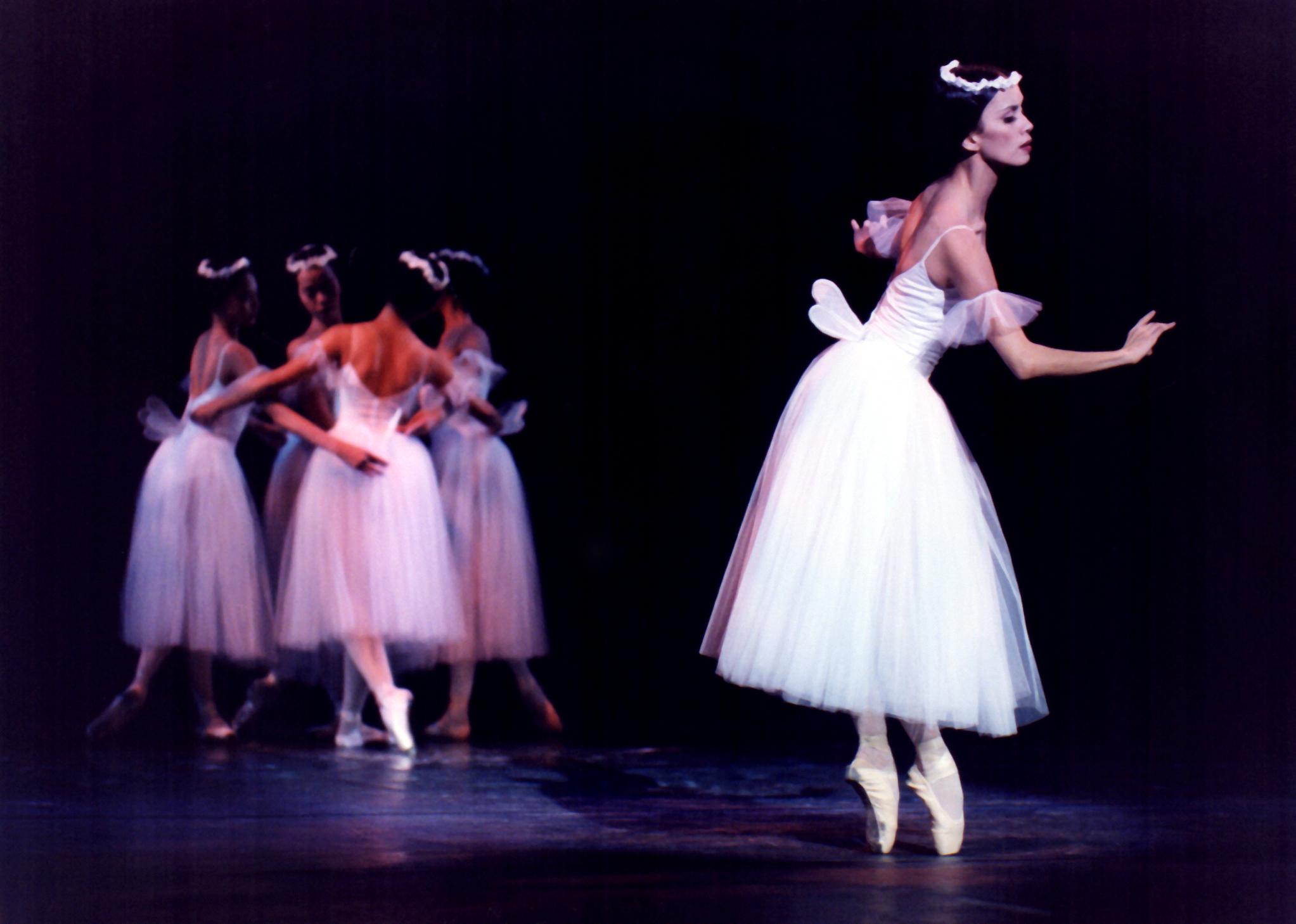 Ballet Manila brings back the Russian classic  Les Sylphides  which it first presented in 2000. Photo from the Ballet Manila Archives collection by Ocs Alvarez