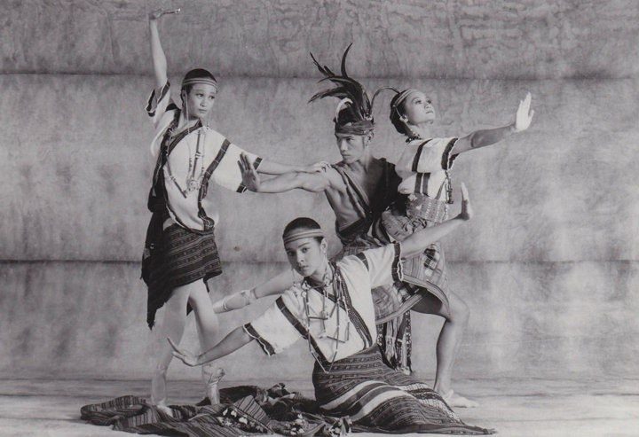 Shaz in  Sari't Bahag , one of the staples in the Ballet Manila repertoire during its early years. With him are (from left) Pamela Asprer, Ianne Damian and Lisa Macuja. Photo by Ocs Alvarez