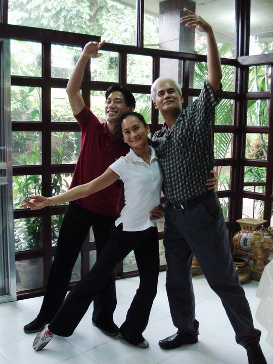 One of the most memorable episodes of Art 2 Art featured Lisa with her former partners and two of the finest Philippine danseurs – Osias Barroso and Nonoy Froilan.