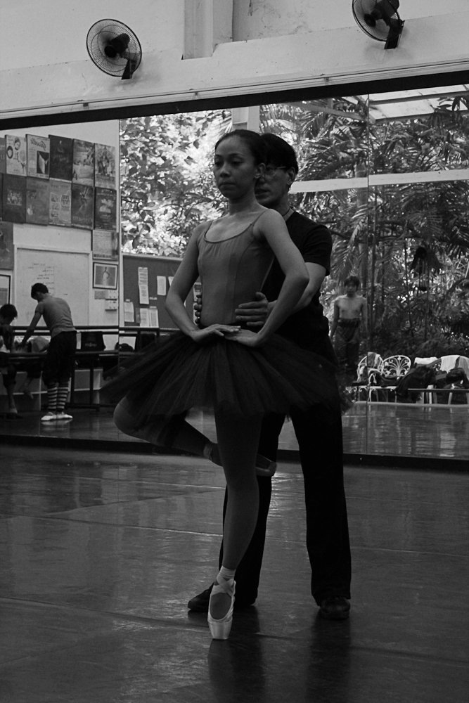 Working with principal dancer Mylene Aggabao. Shaz has been known to spend eight hours straight in the studio without any break. Photo by Gerardo Francisco