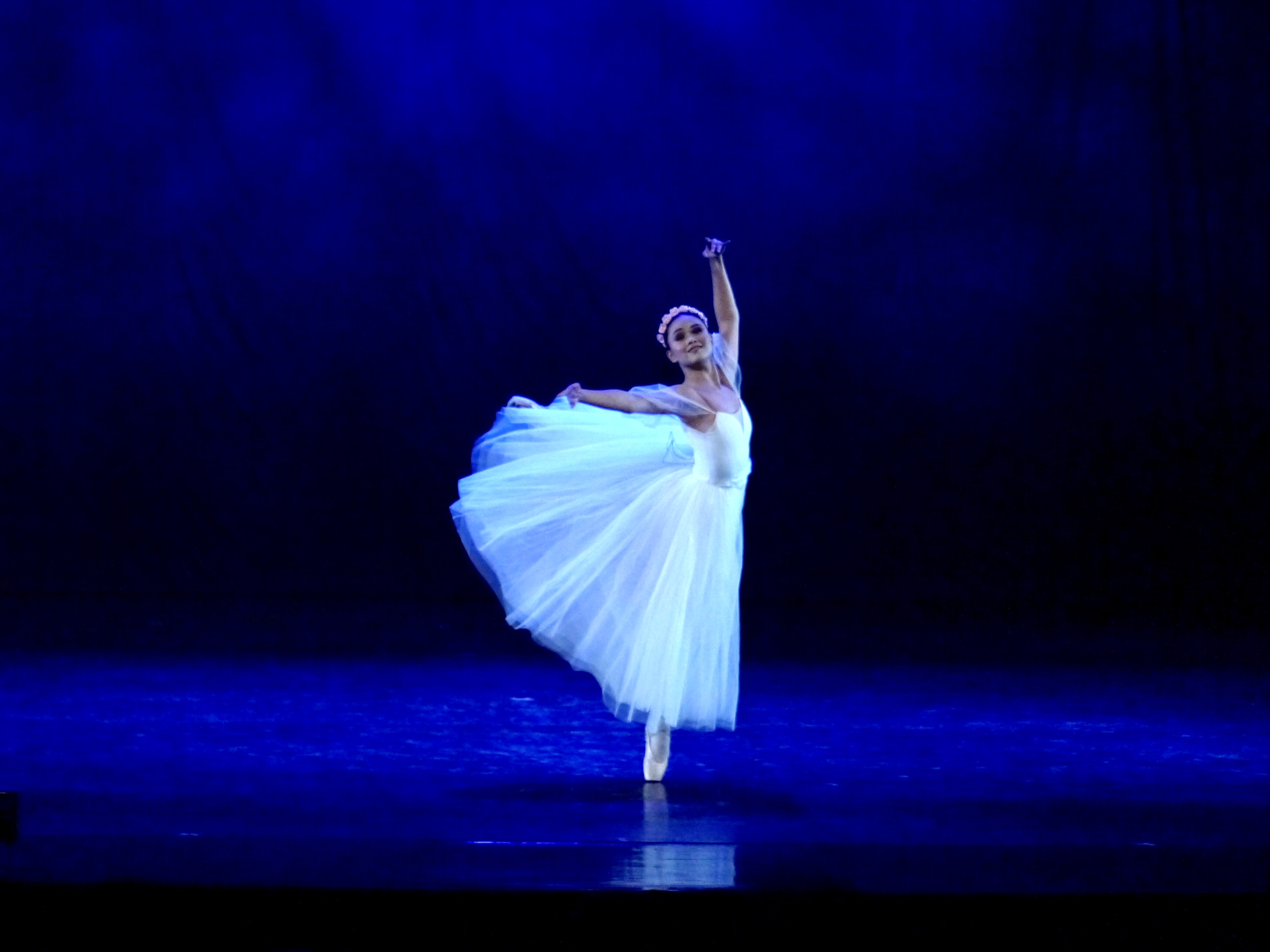 Rissa May Camaclang learned to dance as a sylph in  Chopiniana , the classical highlight in  Deux .