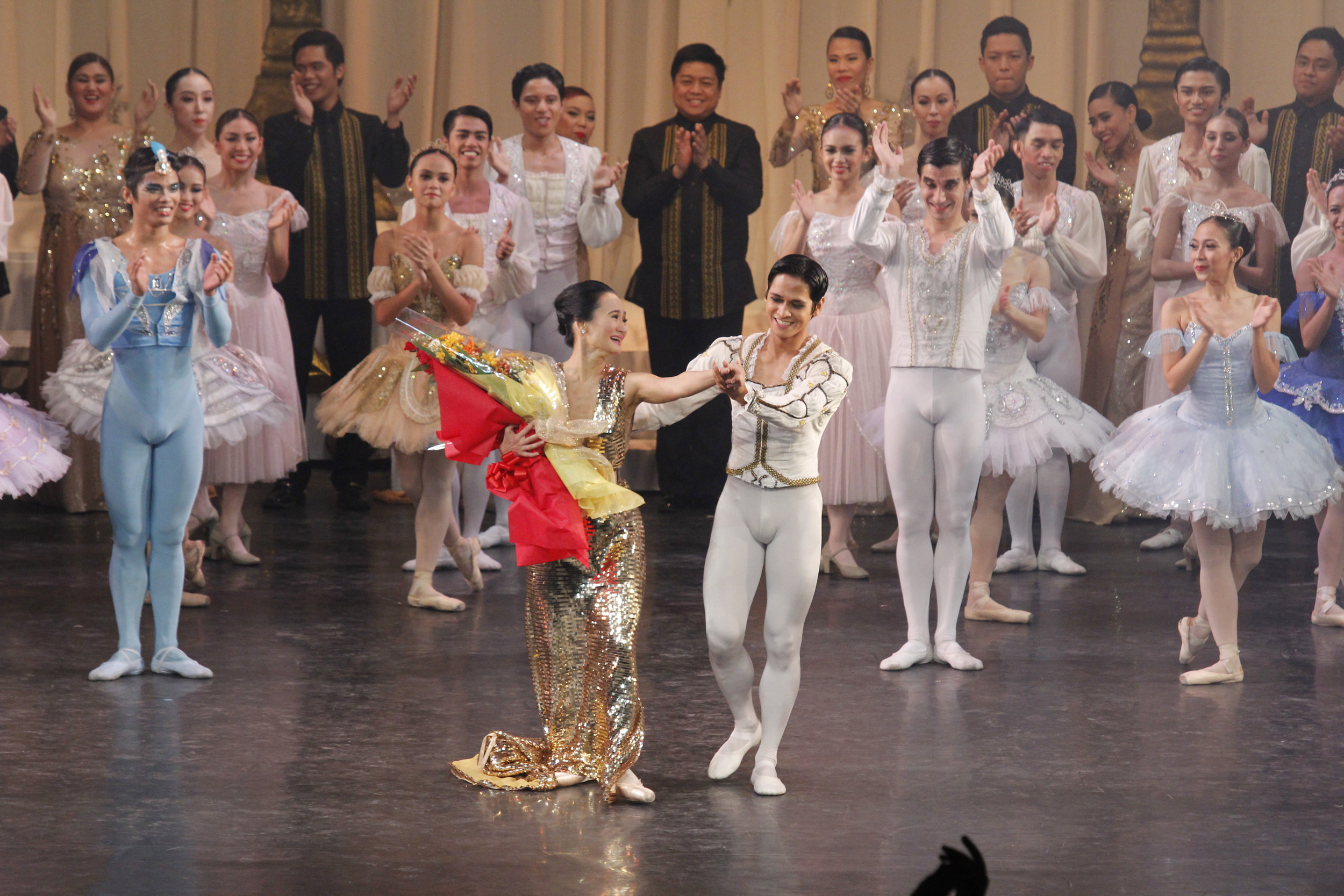 Rudy De Dios was by Lisa Macuja-Elizalde's side when the prima ballerina took her final bow. Photo by Ocs. Alvarez