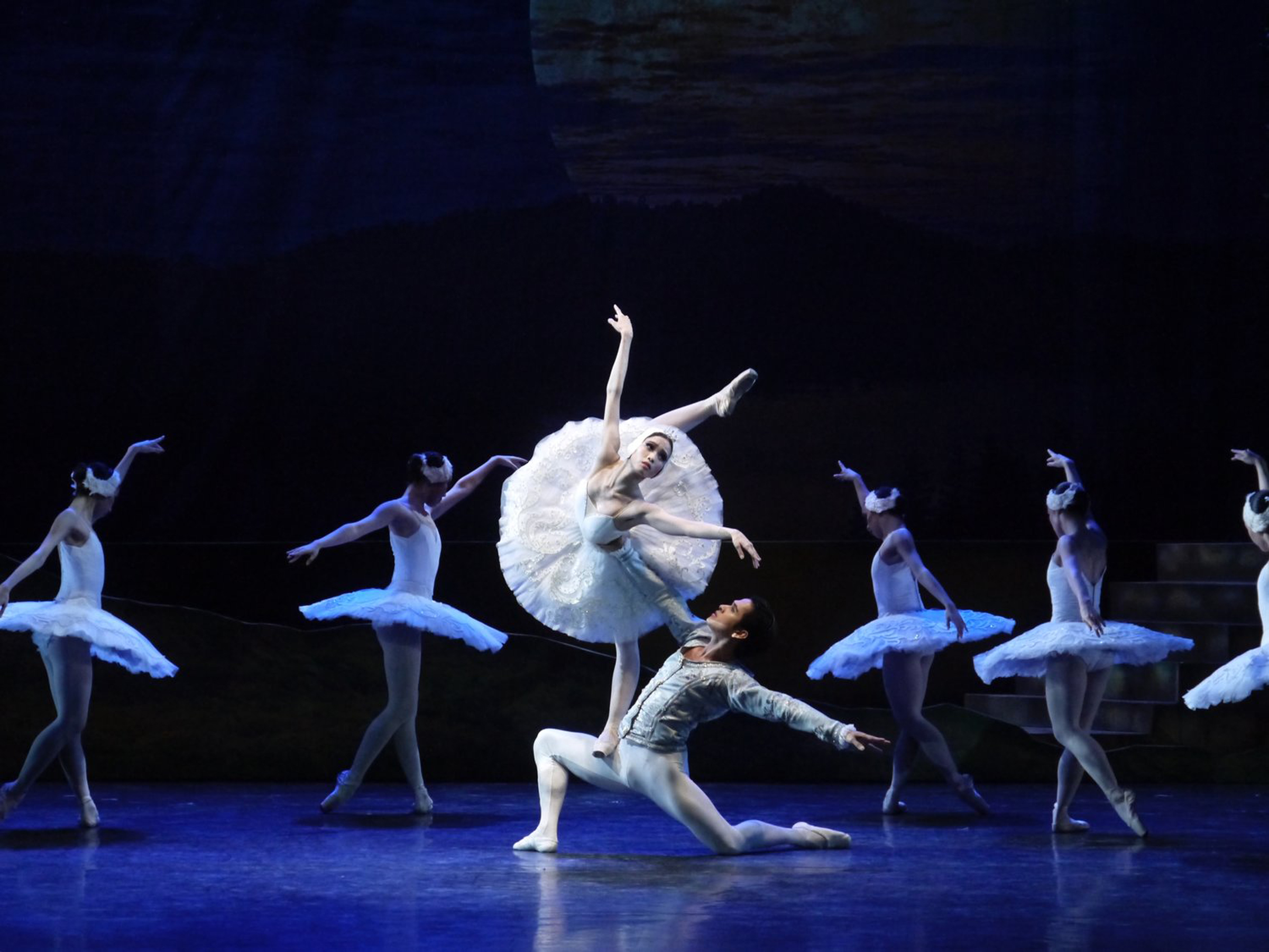 """Humble but gallant, he puts his ballerina first every time,"" shared Joan. Photo by Giselle P. Kasilag"