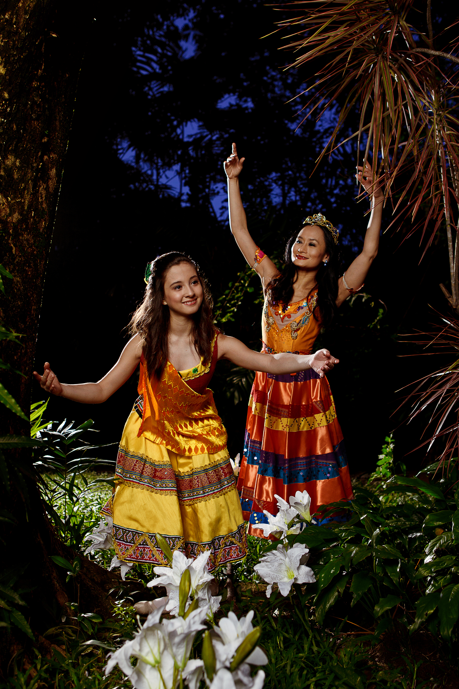 In  Alamat: Si Sibol at Si Gunaw  in 2012, Lisa and Missy perform as mother and daughter anew. Lisa is the goddess Luningning whose daughter Sibol is the nurturer of the environment.