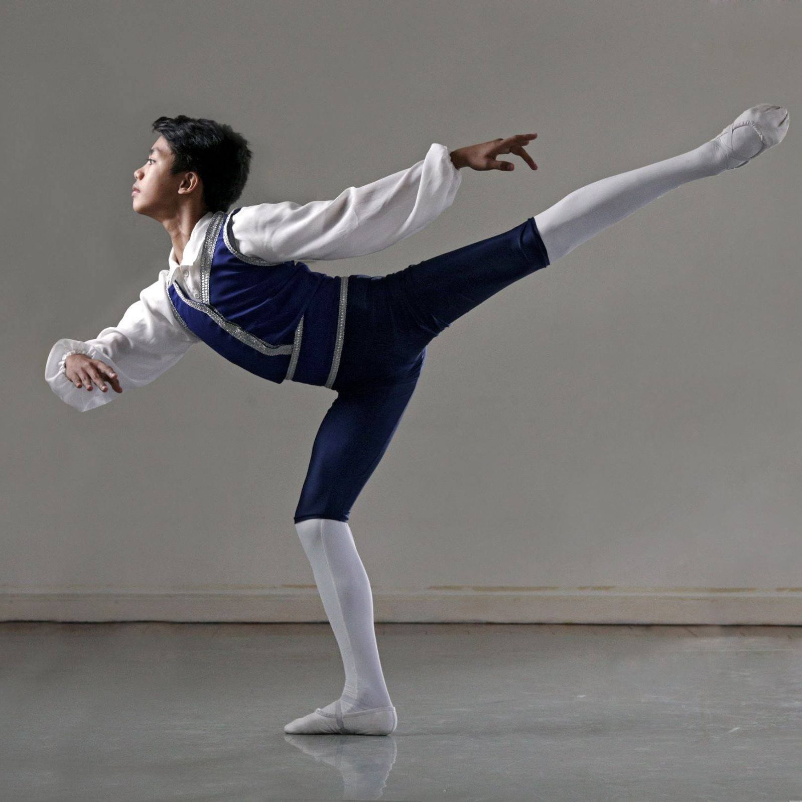 Tuloy Foundation scholar John Edmar Sumera will be dancing with Leipzig Opera Ballet. Photo by Ernest Mandap