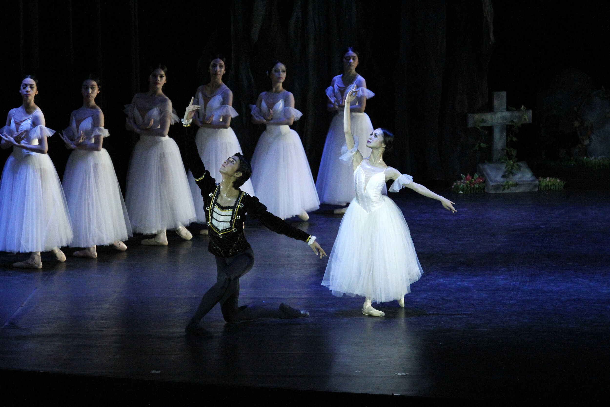 "Jenny Olayvar and Arnulfo Andrade also alternated as Giselle and Albrecht in the 2012 staging of ""Giselle"""